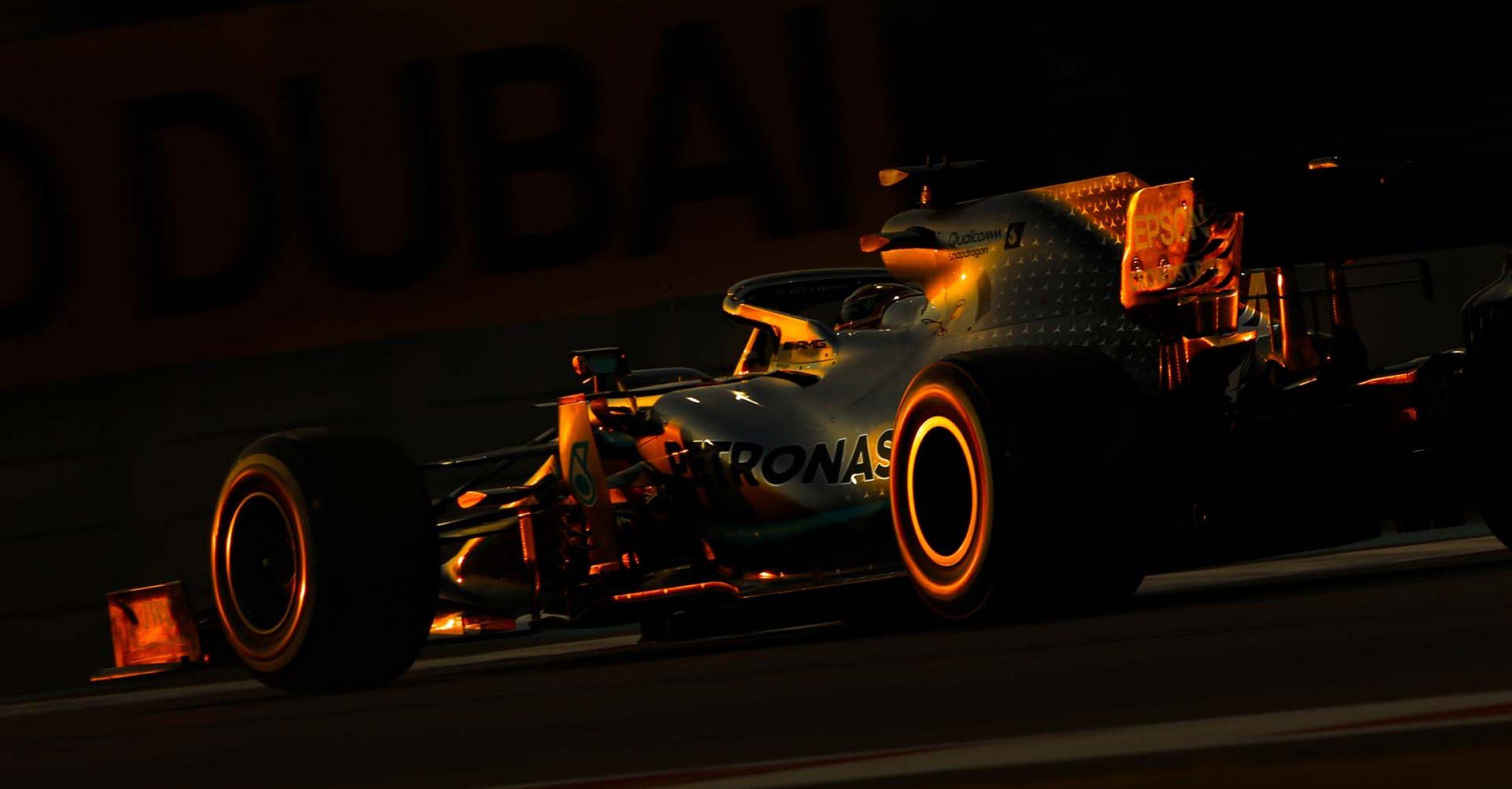 2019 Abu Dhabi Grand Prix, Friday - LAT Images Lewis Hamilton Mercedes