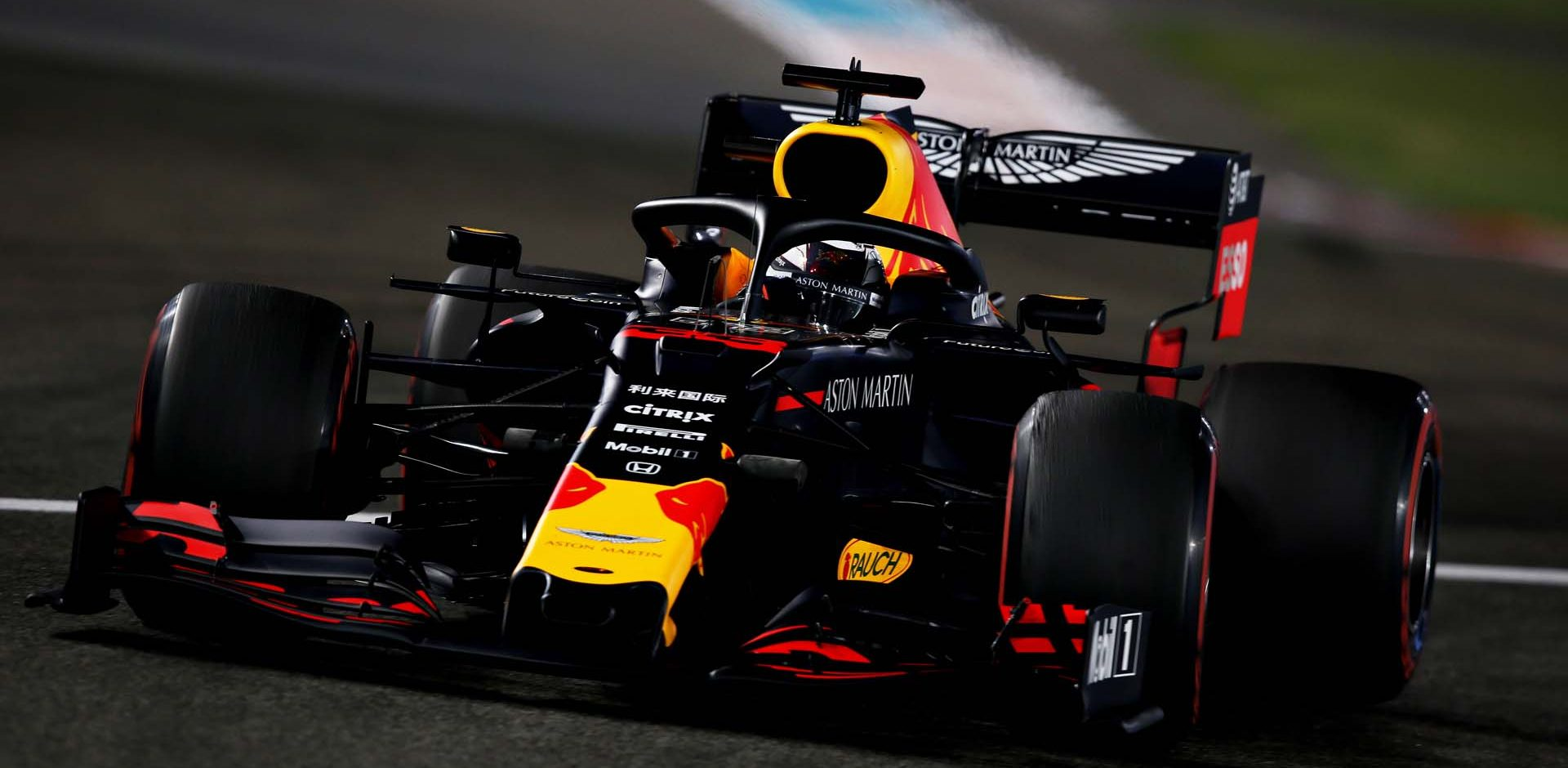 ABU DHABI, UNITED ARAB EMIRATES - NOVEMBER 29: Max Verstappen of the Netherlands driving the (33) Aston Martin Red Bull Racing RB15 on track during practice for the F1 Grand Prix of Abu Dhabi at Yas Marina Circuit on November 29, 2019 in Abu Dhabi, United Arab Emirates. (Photo by Charles Coates/Getty Images) // Getty Images / Red Bull Content Pool  // AP-22B74WP952111 // Usage for editorial use only //
