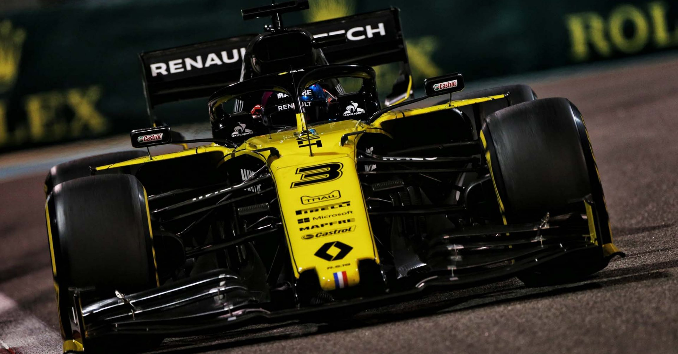 Daniel Ricciardo (AUS) Renault F1 Team RS19. Abu Dhabi Grand Prix, Friday 29th November 2019. Yas Marina Circuit, Abu Dhabi, UAE.