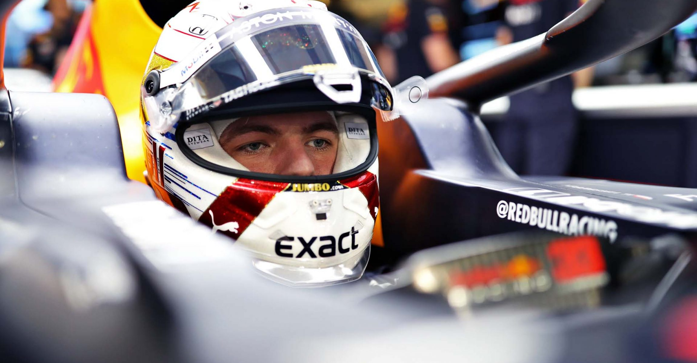 ABU DHABI, UNITED ARAB EMIRATES - NOVEMBER 30: Max Verstappen of Netherlands and Red Bull Racing prepares to drive in the garage during qualifying for the F1 Grand Prix of Abu Dhabi at Yas Marina Circuit on November 30, 2019 in Abu Dhabi, United Arab Emirates. (Photo by Mark Thompson/Getty Images) // Getty Images / Red Bull Content Pool  // AP-22BHK3W7W1W11 // Usage for editorial use only //