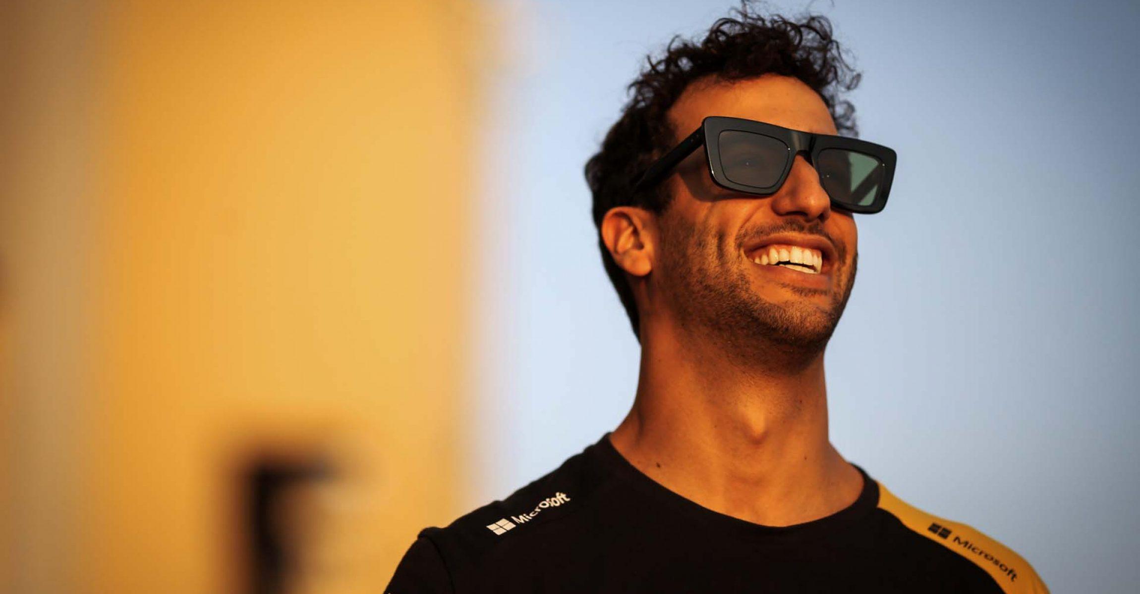 Daniel Ricciardo (AUS) Renault F1 Team. Abu Dhabi Grand Prix, Thursday 28th November 2019. Yas Marina Circuit, Abu Dhabi, UAE.