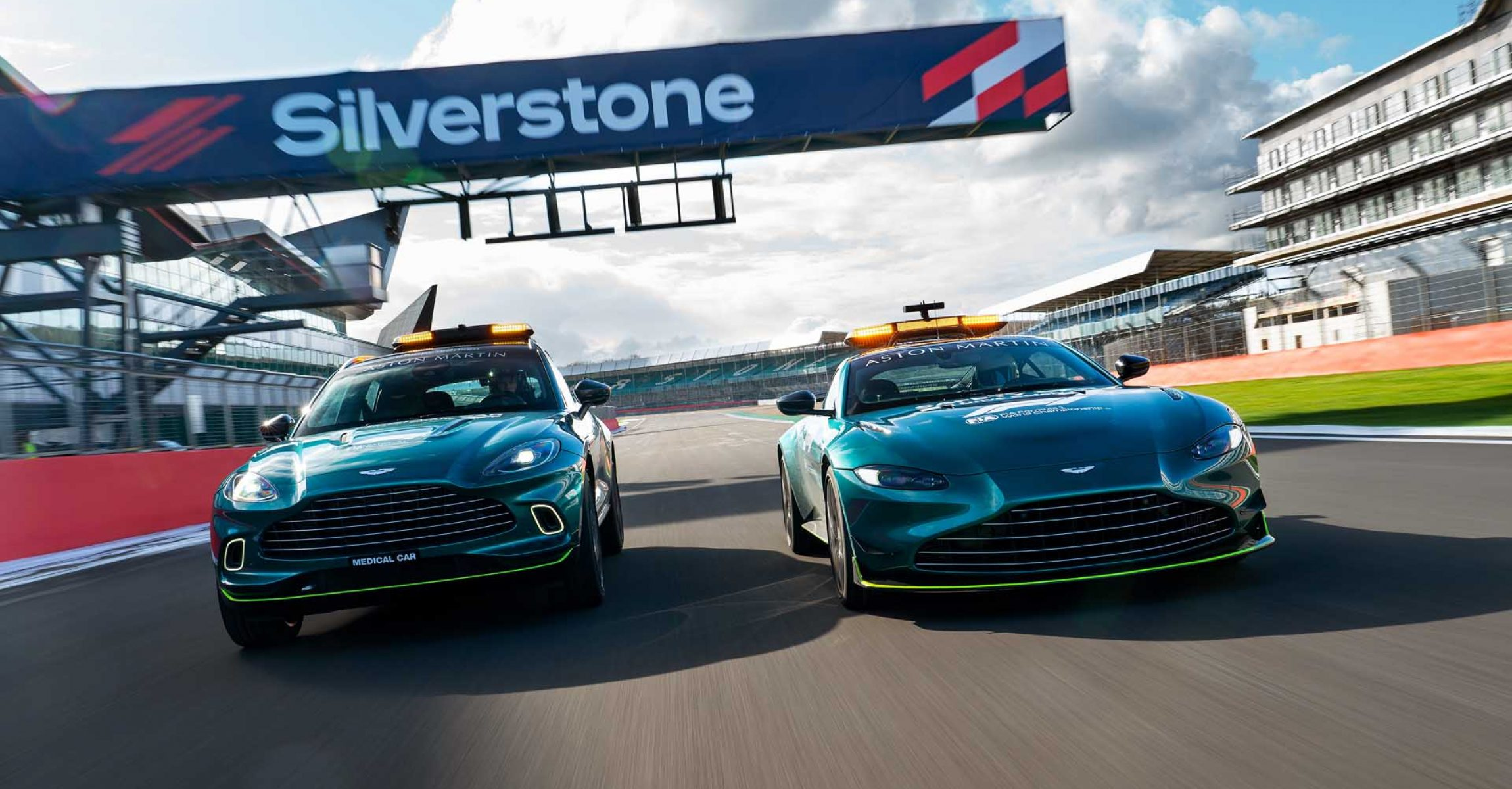 Aston Martin VantageDBXOfficial Safety and Medical cars of Formula One01