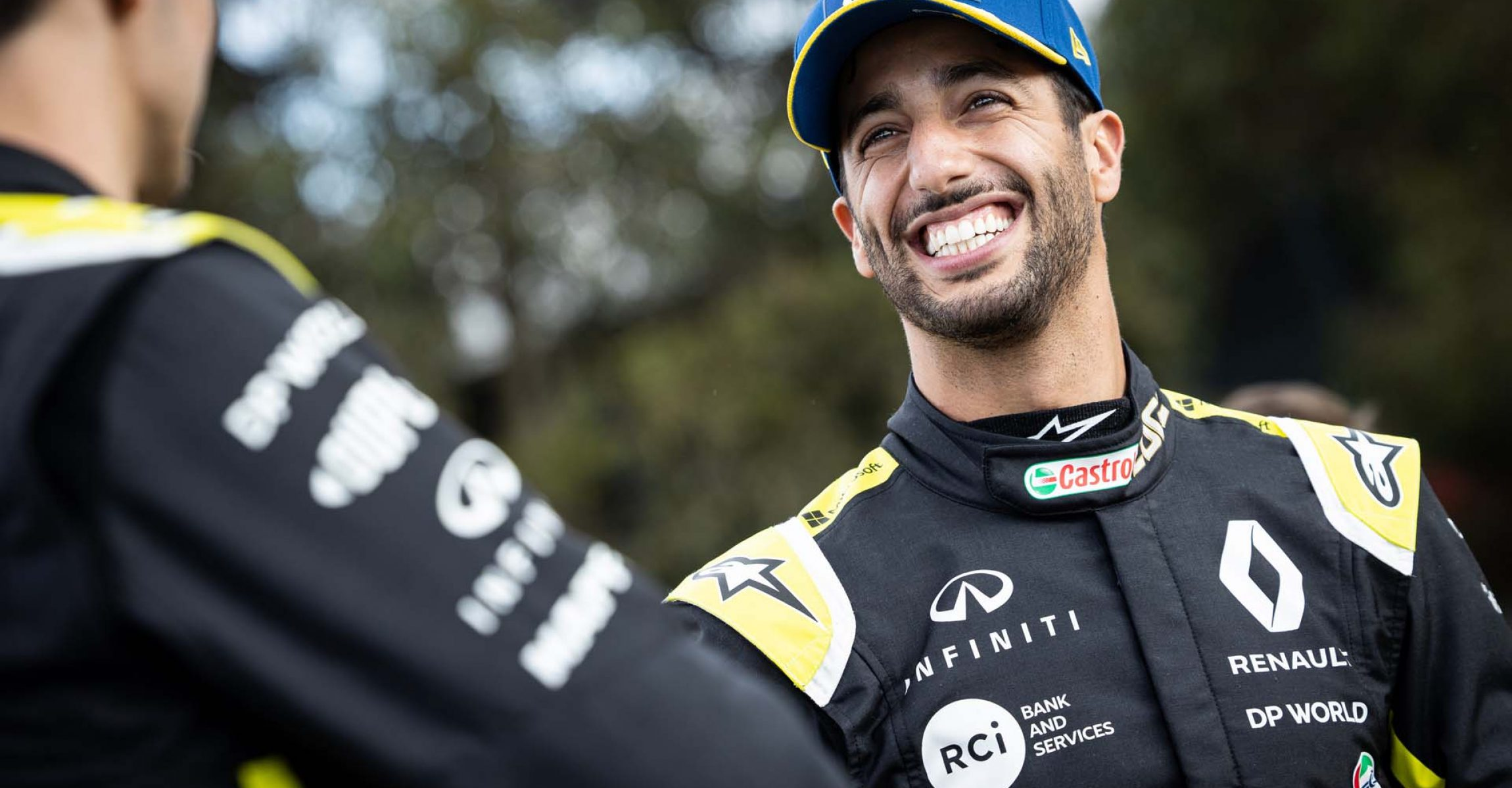 (L to R): Esteban Ocon (FRA) Renault F1 Team with Daniel Ricciardo (AUS) Renault F1 Team - livery reveal. Australian Grand Prix, Wednesday 11th March 2020. Albert Park, Melbourne, Australia.