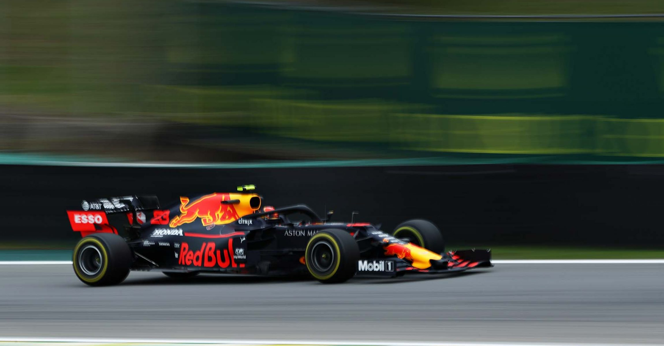 SAO PAULO, BRAZIL - NOVEMBER 15: Alexander Albon of Thailand driving the (23) Aston Martin Red Bull Racing RB15 on track during practice for the F1 Grand Prix of Brazil at Autodromo Jose Carlos Pace on November 15, 2019 in Sao Paulo, Brazil. (Photo by Robert Cianflone/Getty Images) // Getty Images / Red Bull Content Pool // AP-226RUHP391W11 // Usage for editorial use only //