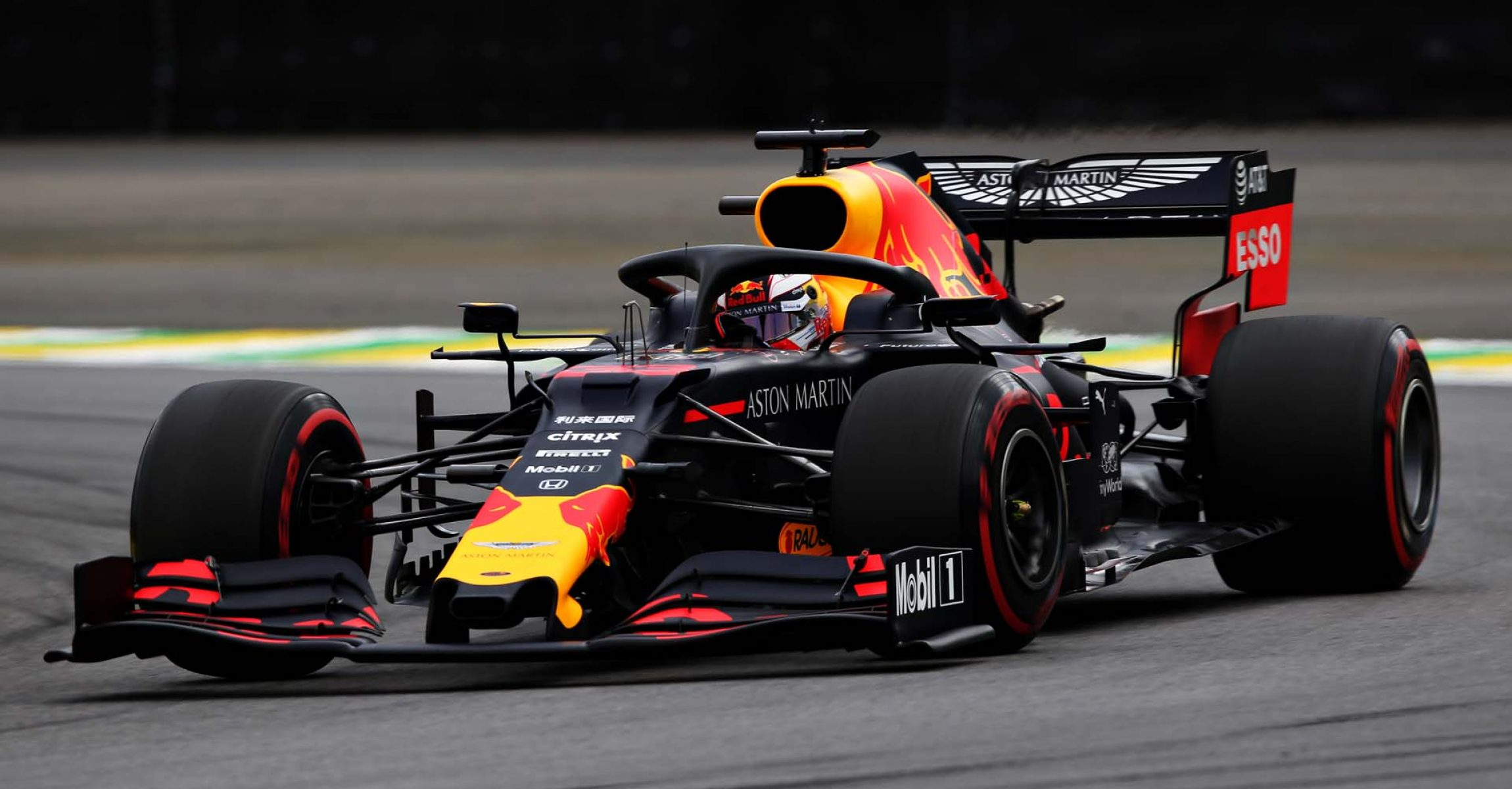 SAO PAULO, BRAZIL - NOVEMBER 16: Max Verstappen of the Netherlands driving the (33) Aston Martin Red Bull Racing RB15 on track during qualifying for the F1 Grand Prix of Brazil at Autodromo Jose Carlos Pace on November 16, 2019 in Sao Paulo, Brazil. (Photo by Charles Coates/Getty Images) // Getty Images / Red Bull Content Pool // AP-2272TKNP51W11 // Usage for editorial use only //