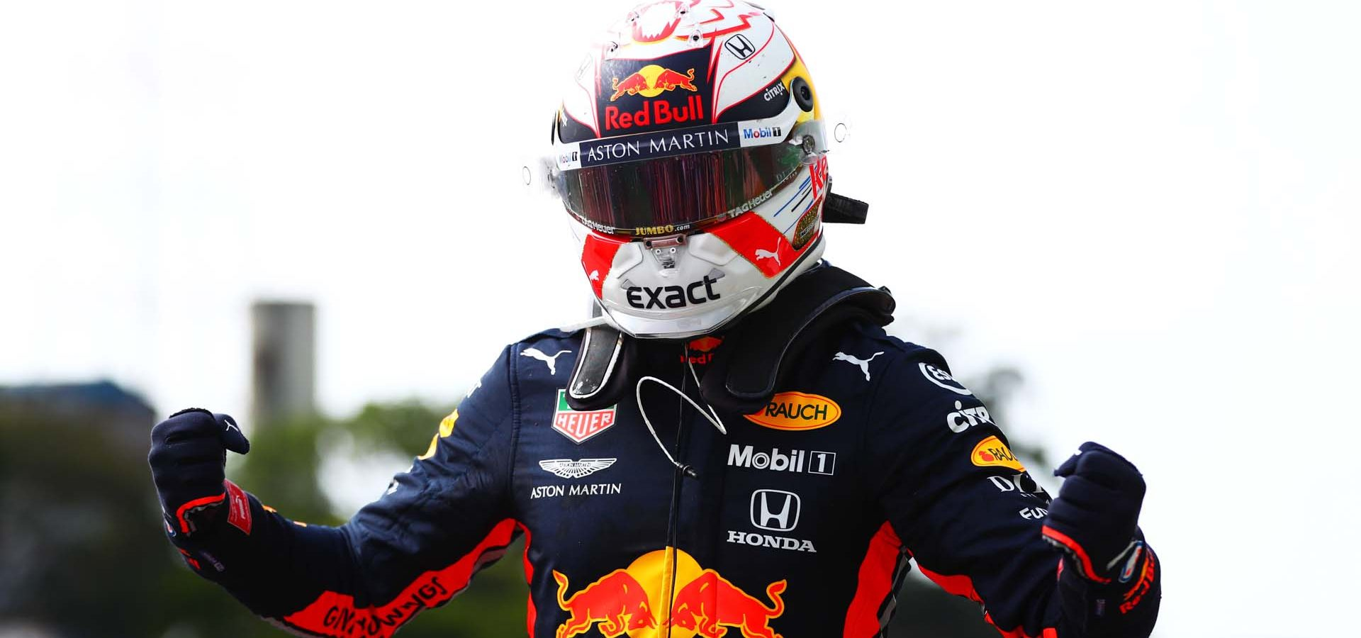 SAO PAULO, BRAZIL - NOVEMBER 17: Race winner Max Verstappen of Netherlands and Red Bull Racing celebrates in parc ferme during the F1 Grand Prix of Brazil at Autodromo Jose Carlos Pace on November 17, 2019 in Sao Paulo, Brazil. (Photo by Dan Istitene/Getty Images) // Getty Images / Red Bull Content Pool  // AP-227DHWXKS1W11 // Usage for editorial use only //