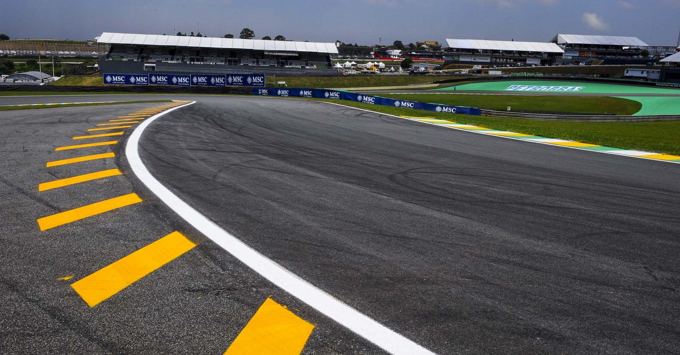 MOTORSPORT - F1 2010 - BRASIL GRAND PRIX / GRAND PRIX DU BRESIL - SAO PAULO (BRA) - 04 TO 07/11/2010 - PHOTO : DPPI -  AMBIANCE