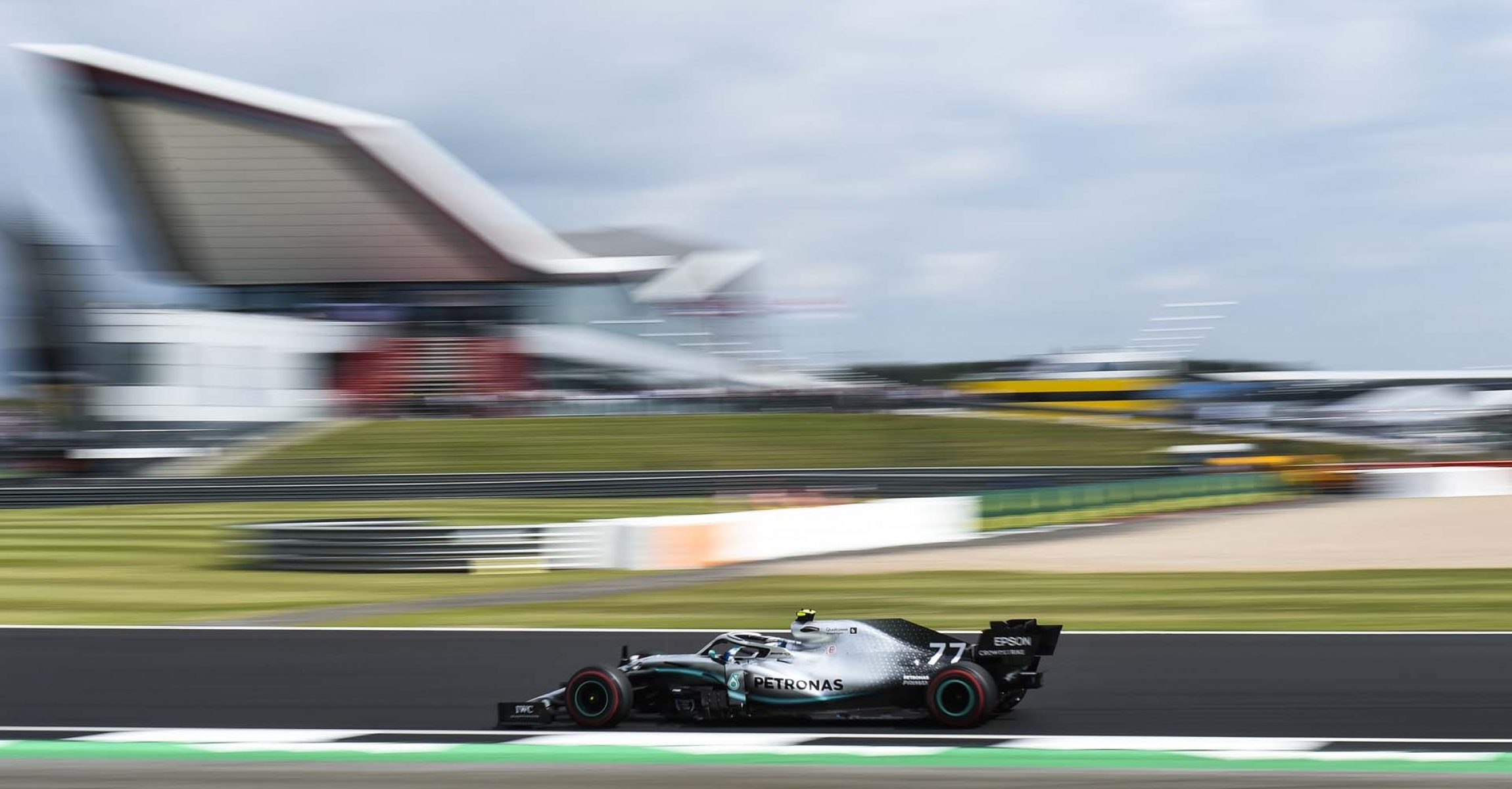 2019 British Grand Prix, Friday - LAT Images Valtteri Bottas Mercedes