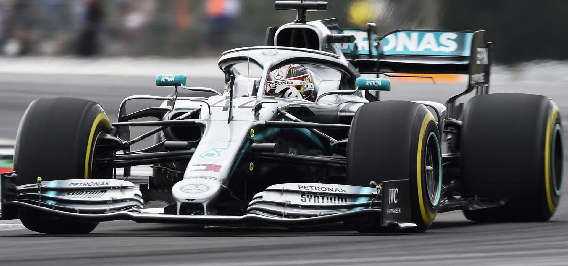 2019 British Grand Prix, Saturday - LAT Images Lewis Hamilton Mercedes