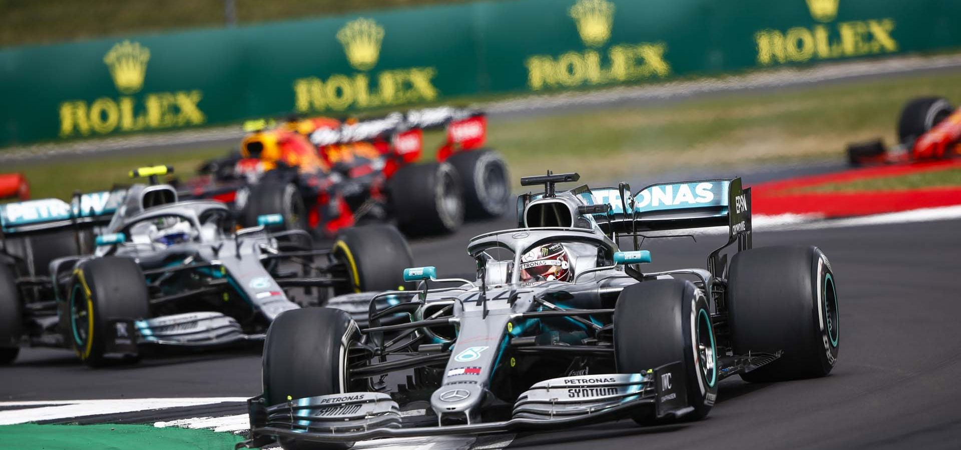 2019 British Grand Prix, Sunday - LAT Images Lewis Hamilton, followed by Valtteri Bottas Mercedes