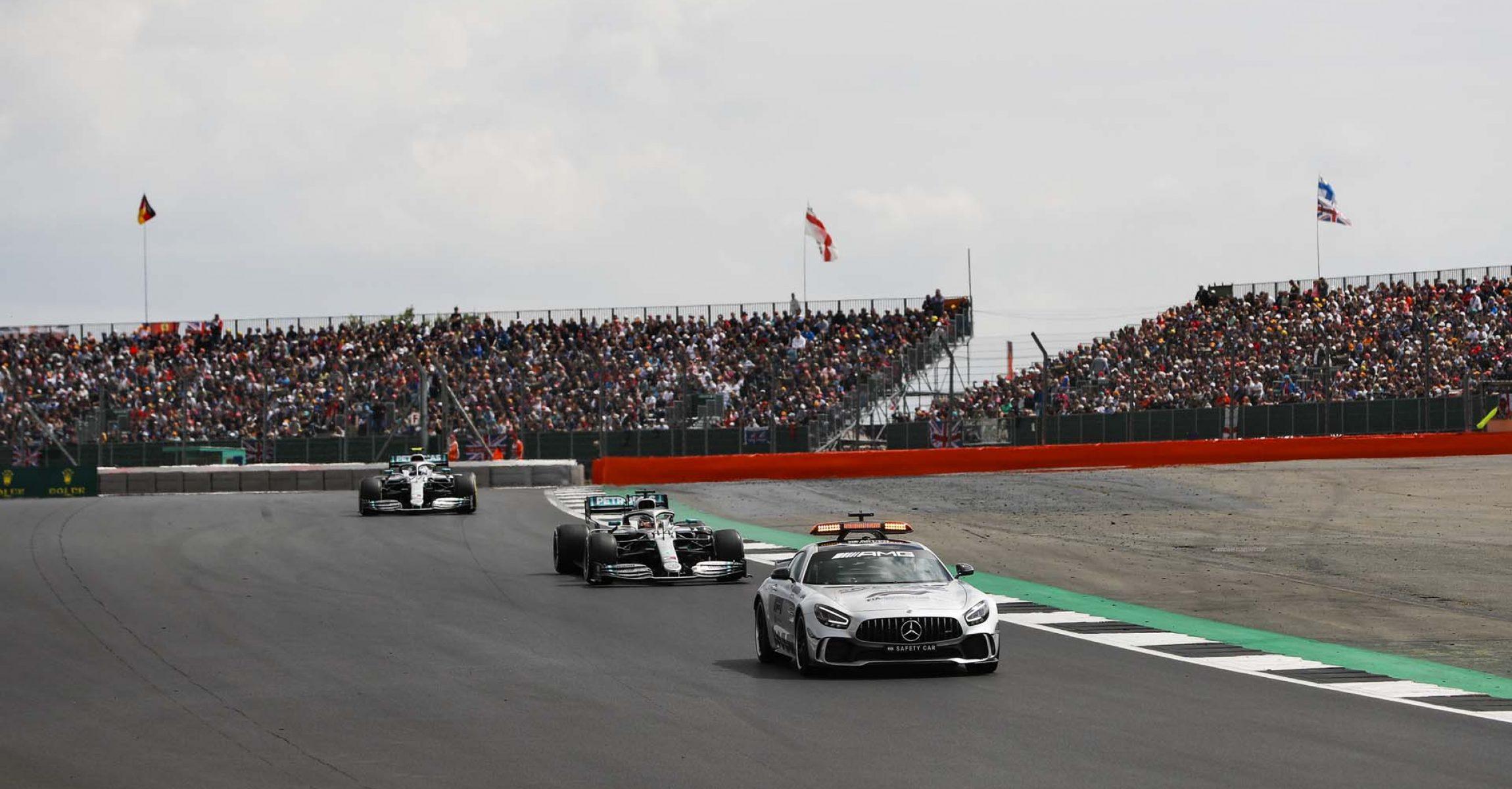 2019 British Grand Prix, Sunday - LAT Images safety Car, Bernd Mayländer Lewis Hamilton Mercedes