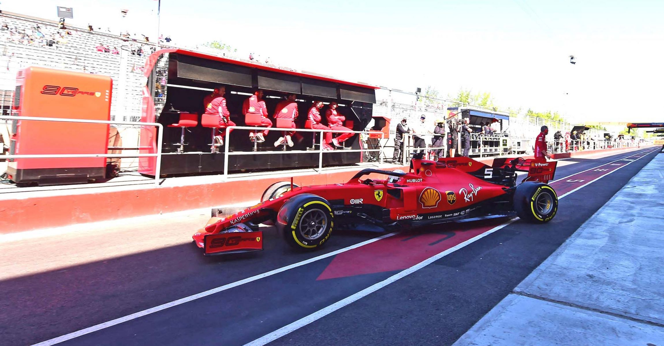 GP CANADA F1/2019 - VENERDÌ 07/06/2019 credit: @Scuderia Ferrari Press Office Sebastian Vettel pitwall