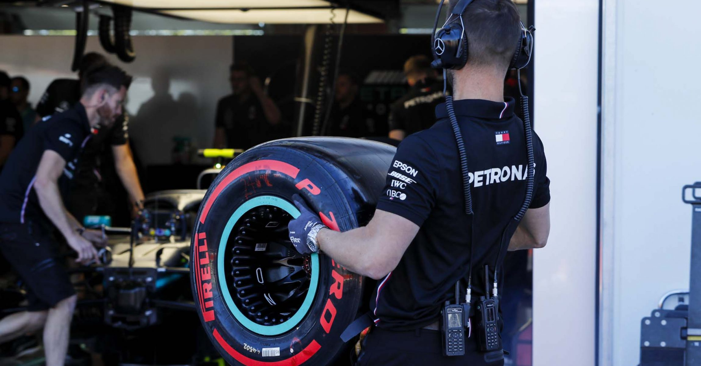 CIRCUIT GILLES-VILLENEUVE, CANADA - JUNE 08: Mercedes mechanic with Pirelli tyre during the Canadian GP at Circuit Gilles-Villeneuve on June 08, 2019 in Circuit Gilles-Villeneuve, Canada. (Photo by Steven Tee / LAT Images)