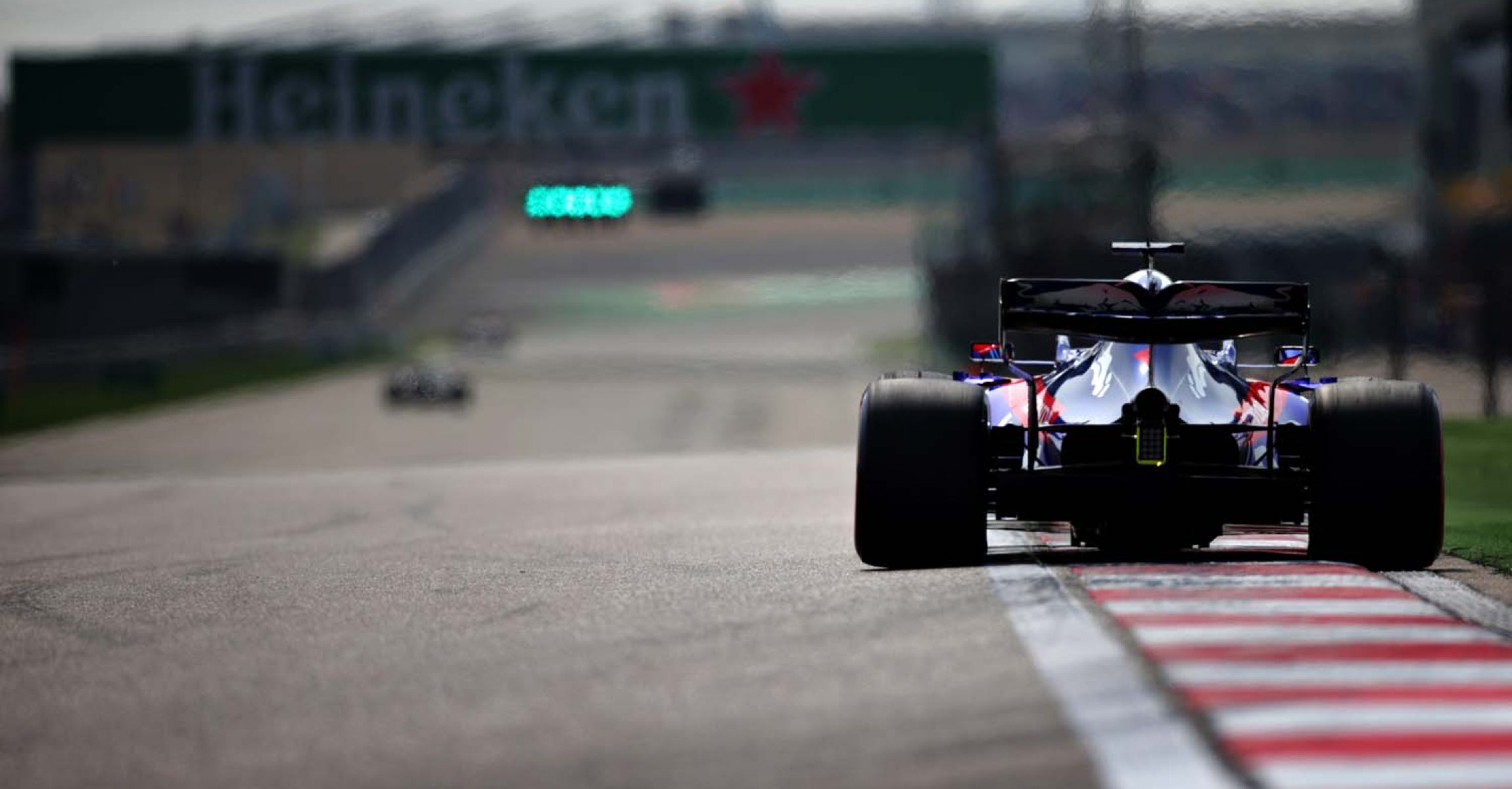 SHANGHAI, CHINA - APRIL 13: Daniil Kvyat of Russia driving the (26) Scuderia Toro Rosso STR14 Honda on track during qualifying for the F1 Grand Prix of China at Shanghai International Circuit on April 13, 2019 in Shanghai, China. (Photo by Peter Fox/Getty Images) // Getty Images / Red Bull Content Pool  // AP-1Z12UPFDH2111 // Usage for editorial use only // Please go to www.redbullcontentpool.com for further information. //
