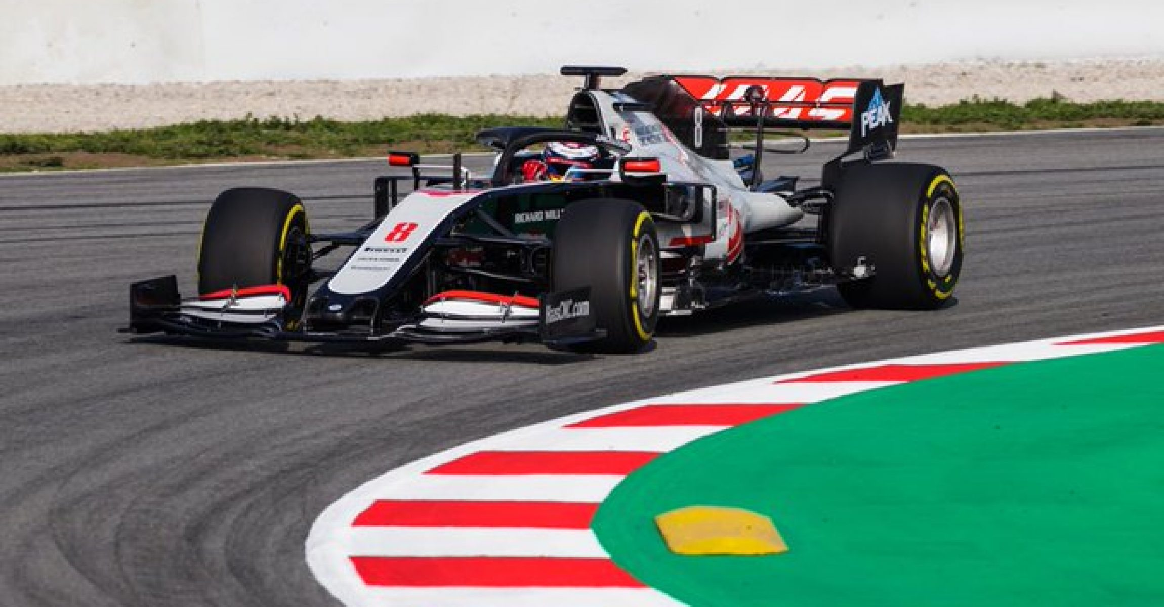 Haas Romain Grosjean Barcelona shakedown