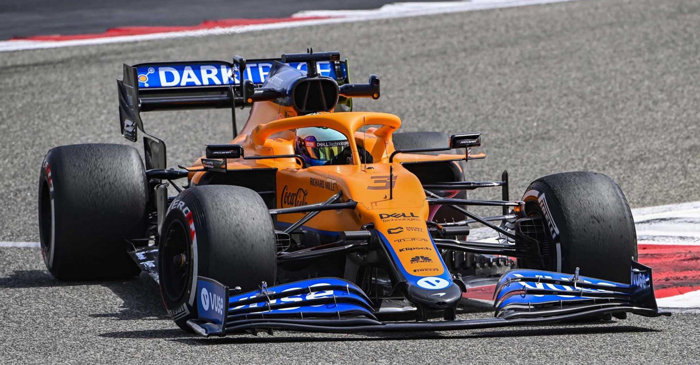 Daniel Ricciardo McLaren Bahrain, Testing, Day 1