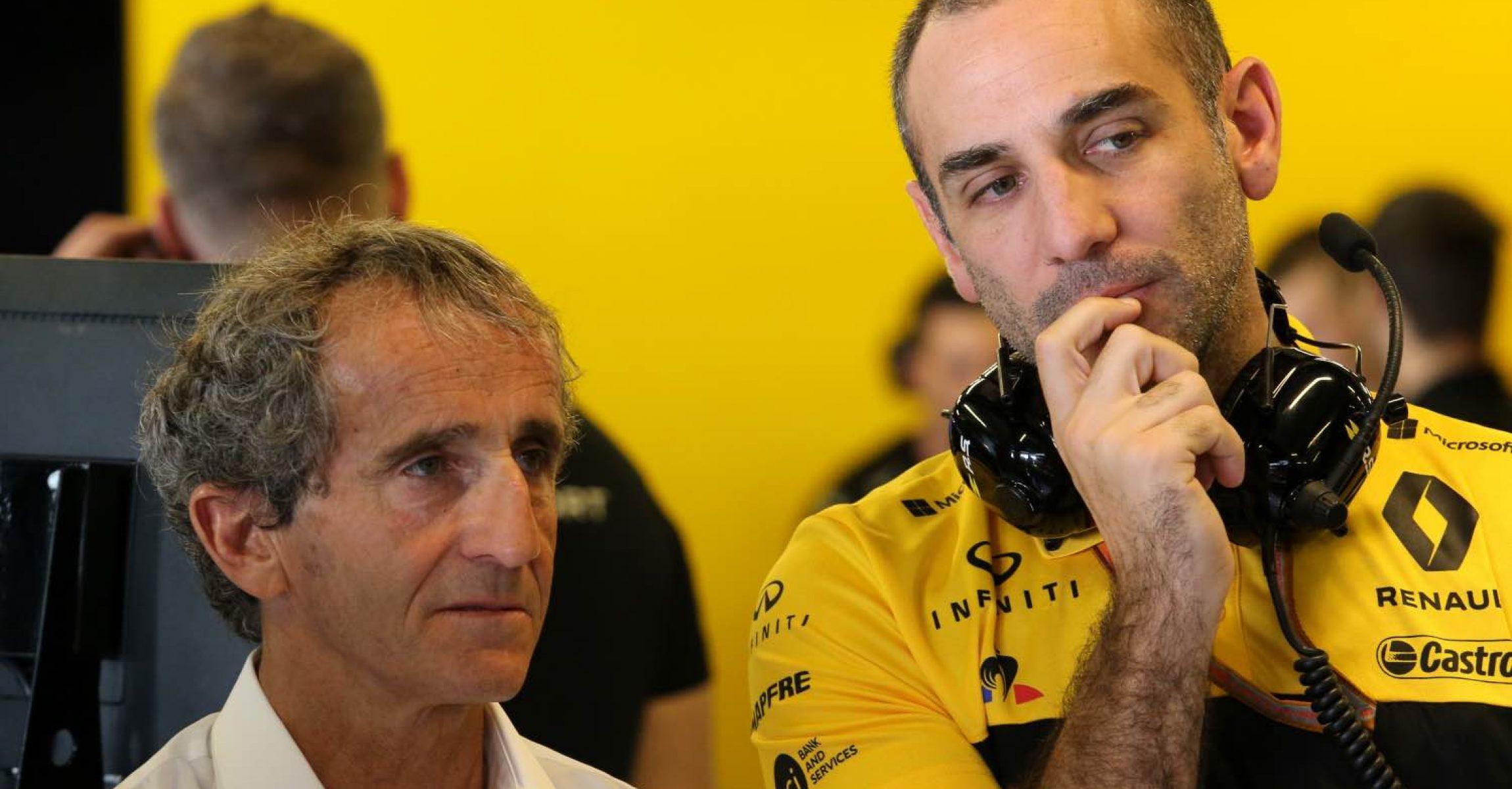 (L to R): Alain Prost (FRA) Renault Sport F1 Team Special Advisor with Cyril Abiteboul (FRA) Renault Sport F1 Managing Director. Abu Dhabi Grand Prix, Saturday 24th November 2018. Yas Marina Circuit, Abu Dhabi, UAE.