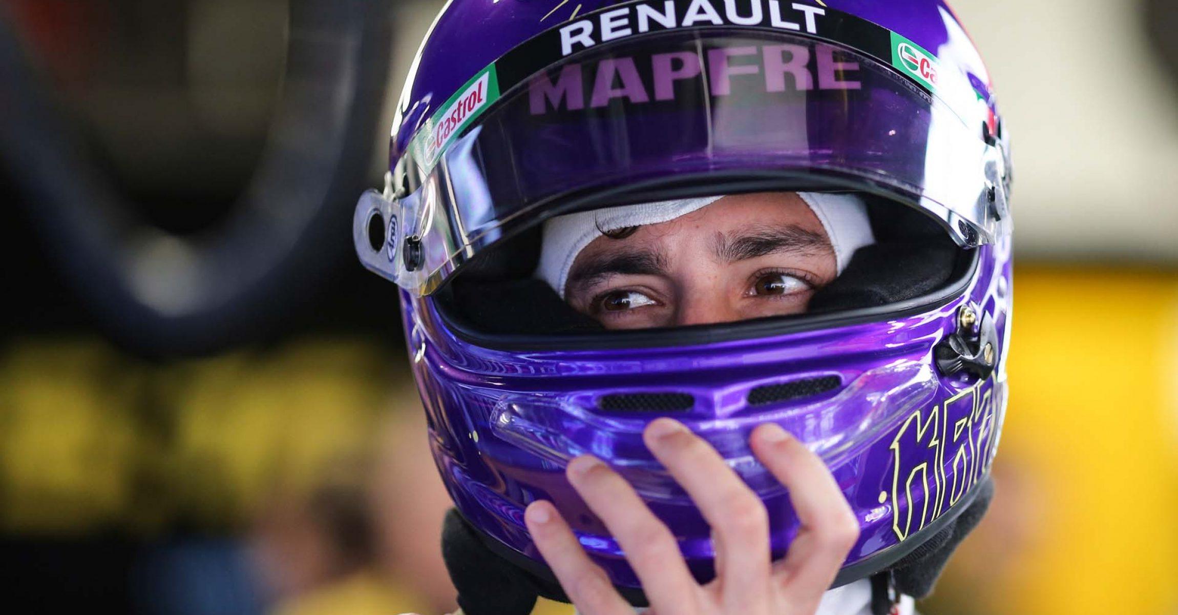 Daniel Ricciardo (AUS) Renault F1 Team. Formula One Testing, Day 1, Wednesday 19th February 2020. Barcelona, Spain.