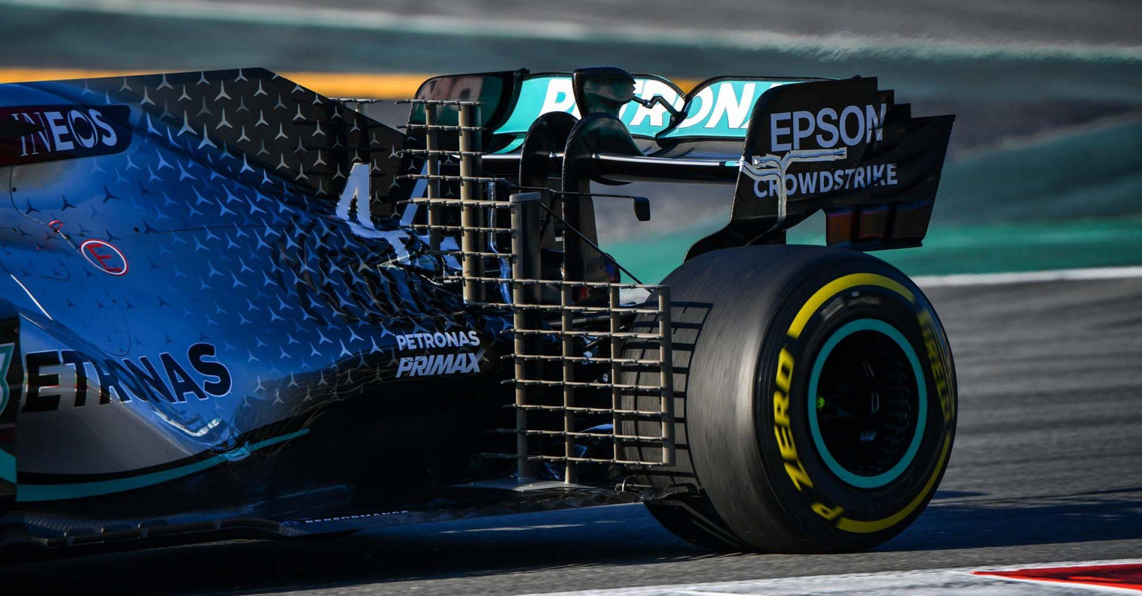 2020 Barcelona Pre-Season Test 1, Day 2 - LAT Images Lewis Hamilton Mercedes aero rakes