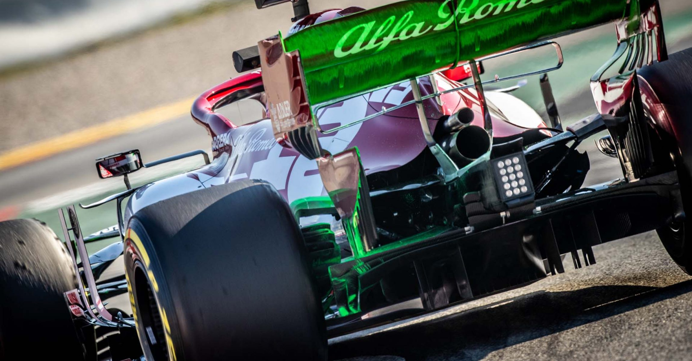 99 GIOVINAZZI Antonio (ita), Alfa Romeo Racing C39, action  during the first session of the Formula 1 Pre-season testing 2020 from February 19 to 21, 2020 on the Circuit de Barcelona-Catalunya, in Montmelo, Barcelona, Spain - Photo Frederic Le Floc'h / DPPI flo-viz aero paint