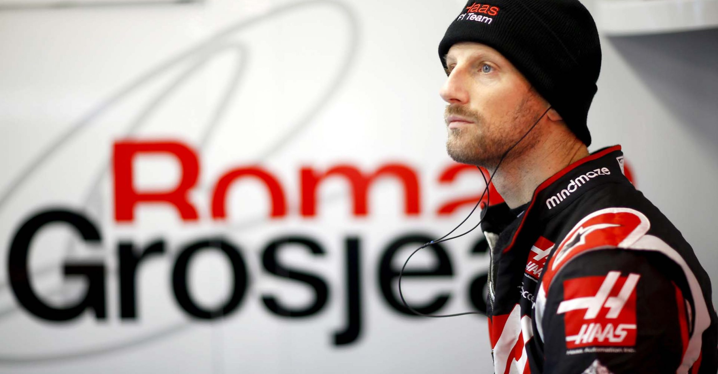 CIRCUIT DE BARCELONA-CATALUNYA, SPAIN - FEBRUARY 26: Romain Grosjean, Haas in the garage during the Barcelona February testing II at Circuit de Barcelona-Catalunya on February 26, 2020 in Circuit de Barcelona-Catalunya, Spain. (Photo by Andy Hone / LAT Images)