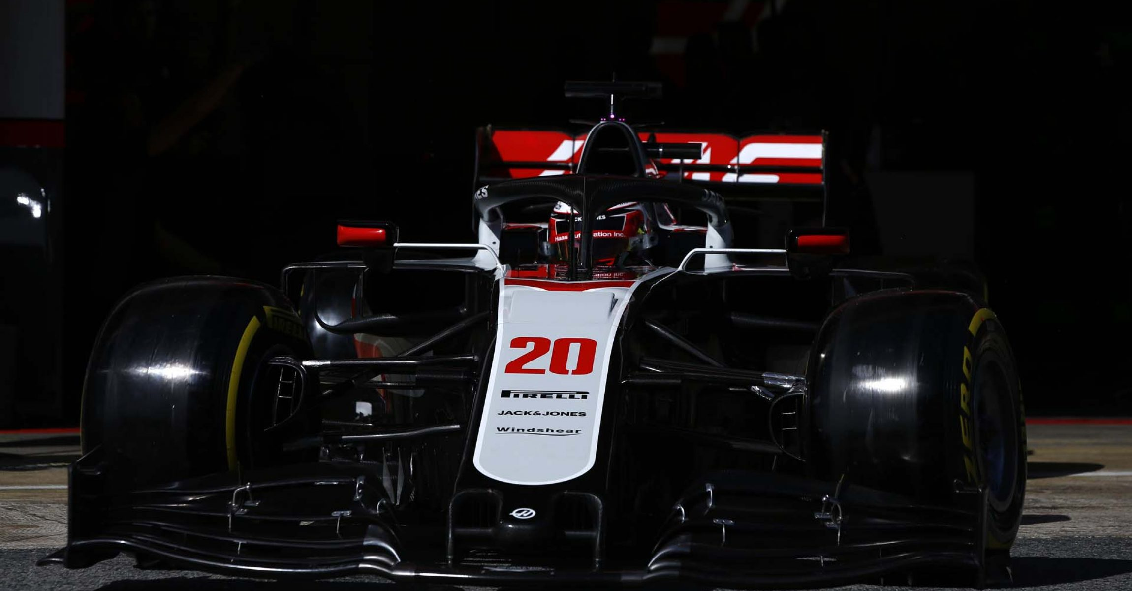 CIRCUIT DE BARCELONA-CATALUNYA, SPAIN - FEBRUARY 27: Kevin Magnussen, Haas VF-20 during the Barcelona February testing II at Circuit de Barcelona-Catalunya on February 27, 2020 in Circuit de Barcelona-Catalunya, Spain. (Photo by Andy Hone / LAT Images)