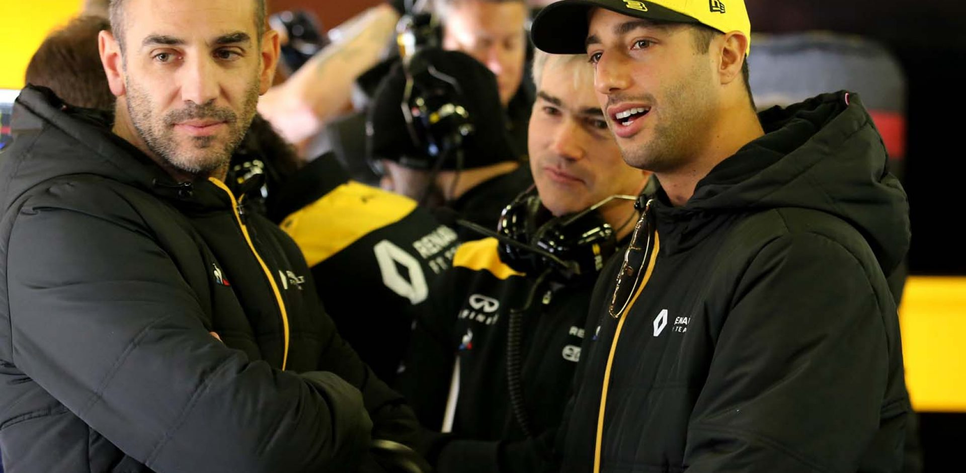 (L to R): Cyril Abiteboul (FRA) Renault Sport F1 Managing Director with Nick Chester (GBR) Renault Sport F1 Team Chassis Technical Director and Daniel Ricciardo (AUS) Renault Sport F1 Team. Formula One Testing, Day 1, Monday 18th February 2019. Barcelona, Spain.