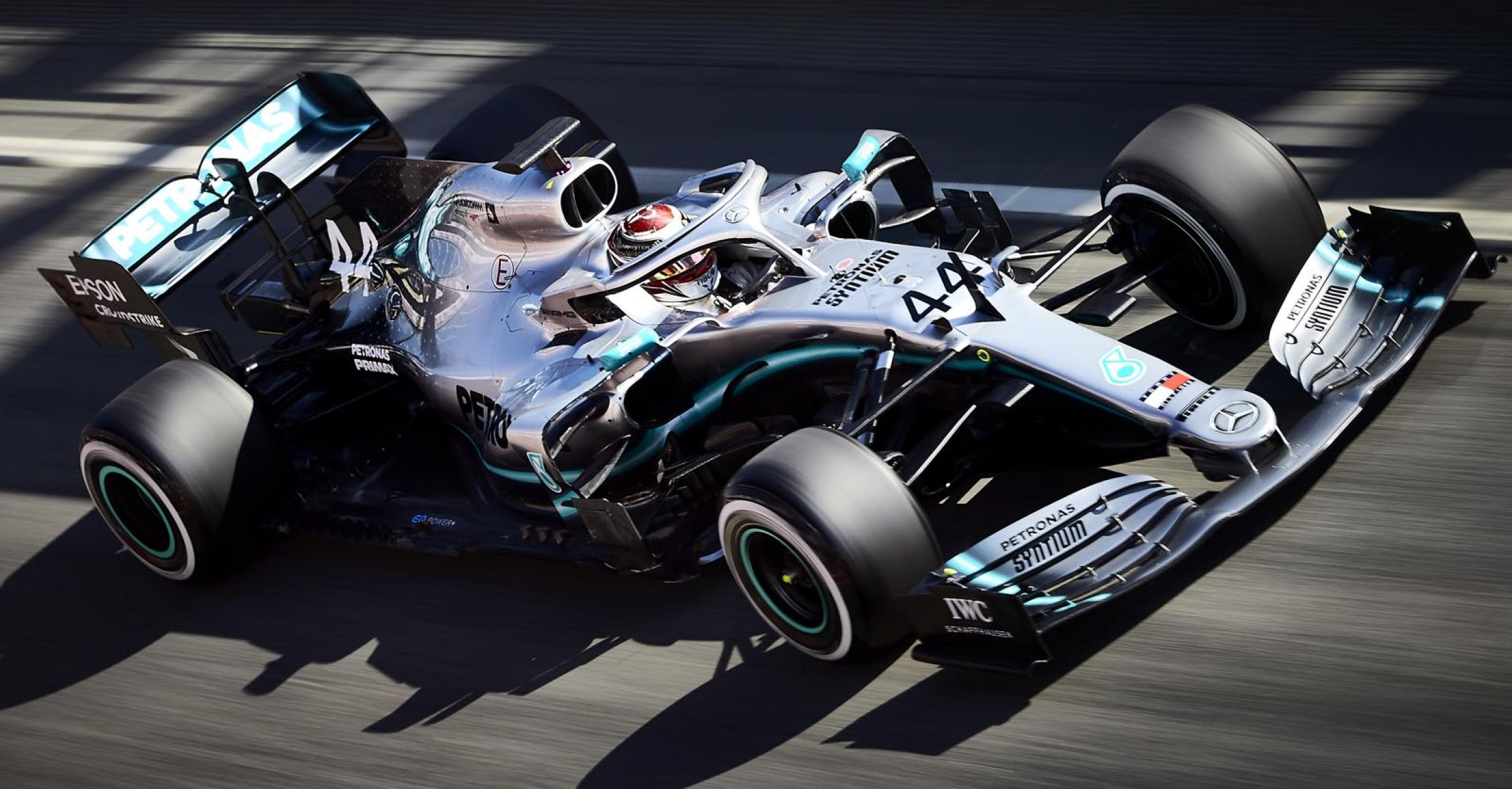 2019 Barcelona Pre-Season Test 2, Day 1 - Steve Etherington Lewis Hamilton Mercedes
