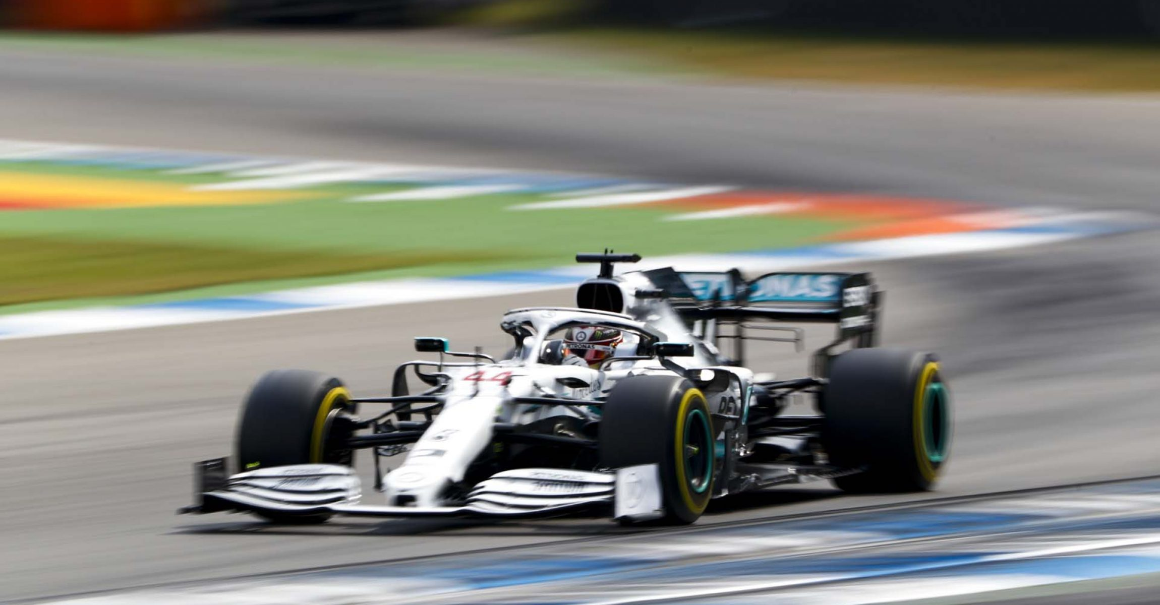 HOCKENHEIMRING, GERMANY - JULY 27: Lewis Hamilton, Mercedes AMG F1 W10 during the German GP at Hockenheimring on July 27, 2019 in Hockenheimring, Germany. (Photo by Sam Bloxham / LAT Images)