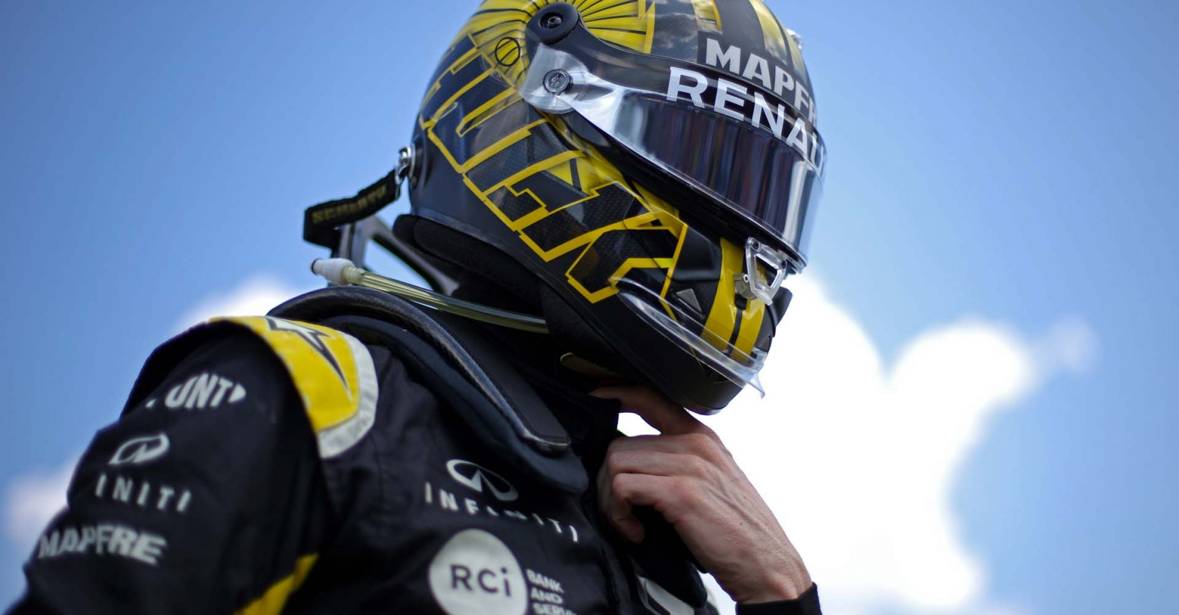Nico Hulkenberg (GER) Renault F1 Team on the grid. Hungarian Grand Prix, Sunday 4th August 2019. Budapest, Hungary. Hülkenberg