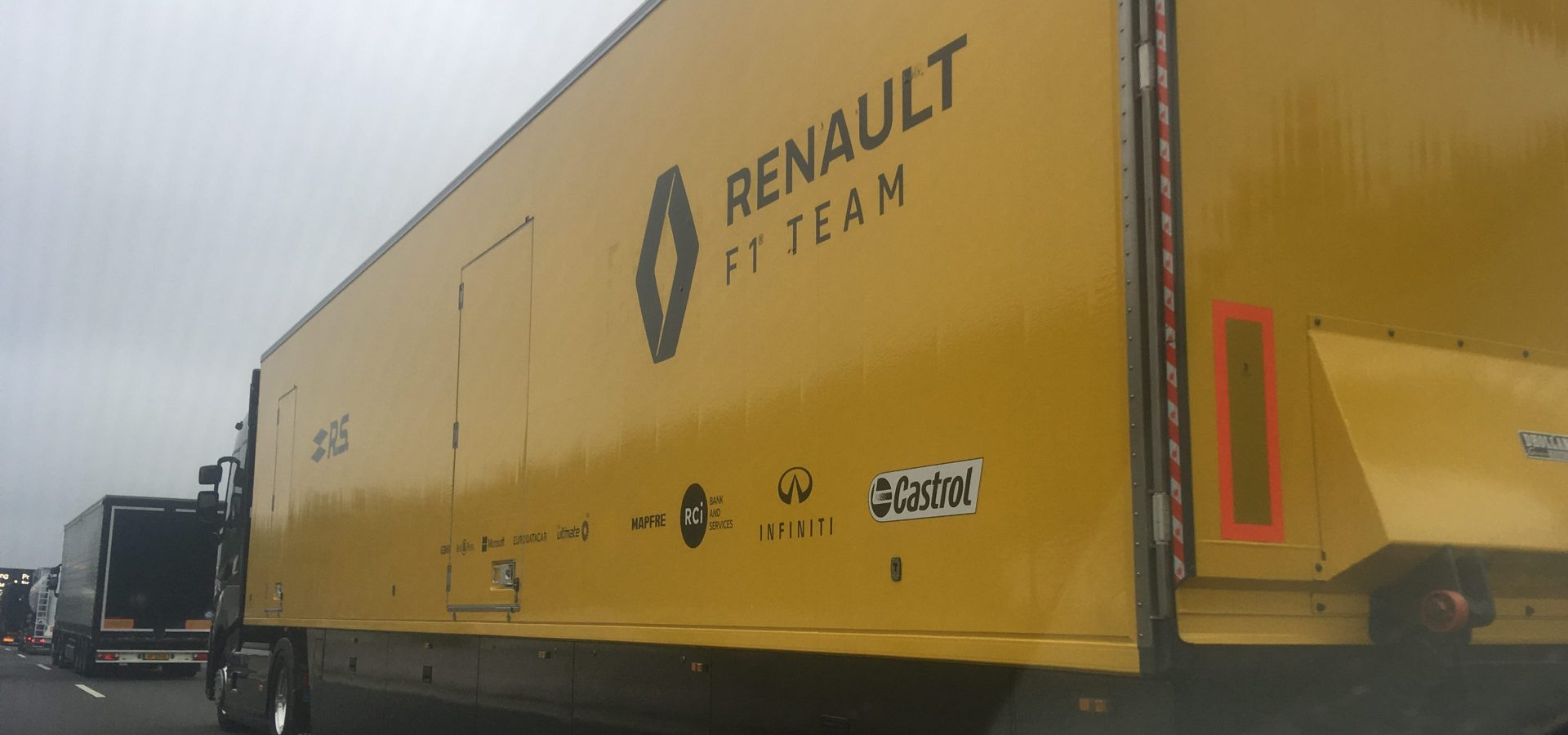Renault F1 truck