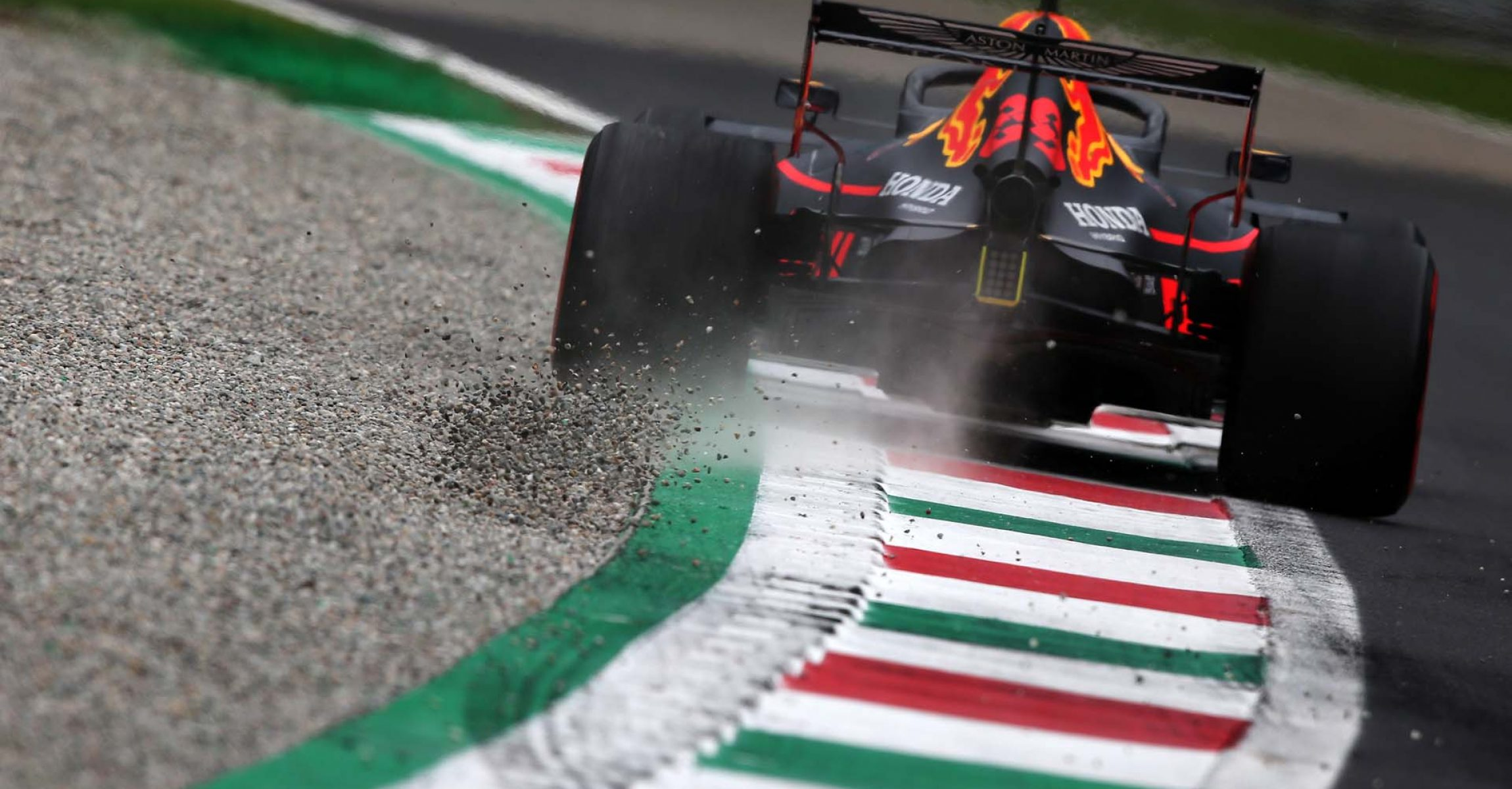MONZA, ITALY - SEPTEMBER 06: Max Verstappen of the Netherlands driving the (33) Aston Martin Red Bull Racing RB15 runs wide during practice for the F1 Grand Prix of Italy at Autodromo di Monza on September 06, 2019 in Monza, Italy. (Photo by Charles Coates/Getty Images) // Getty Images / Red Bull Content Pool // AP-21G69W1KH2111 // Usage for editorial use only //