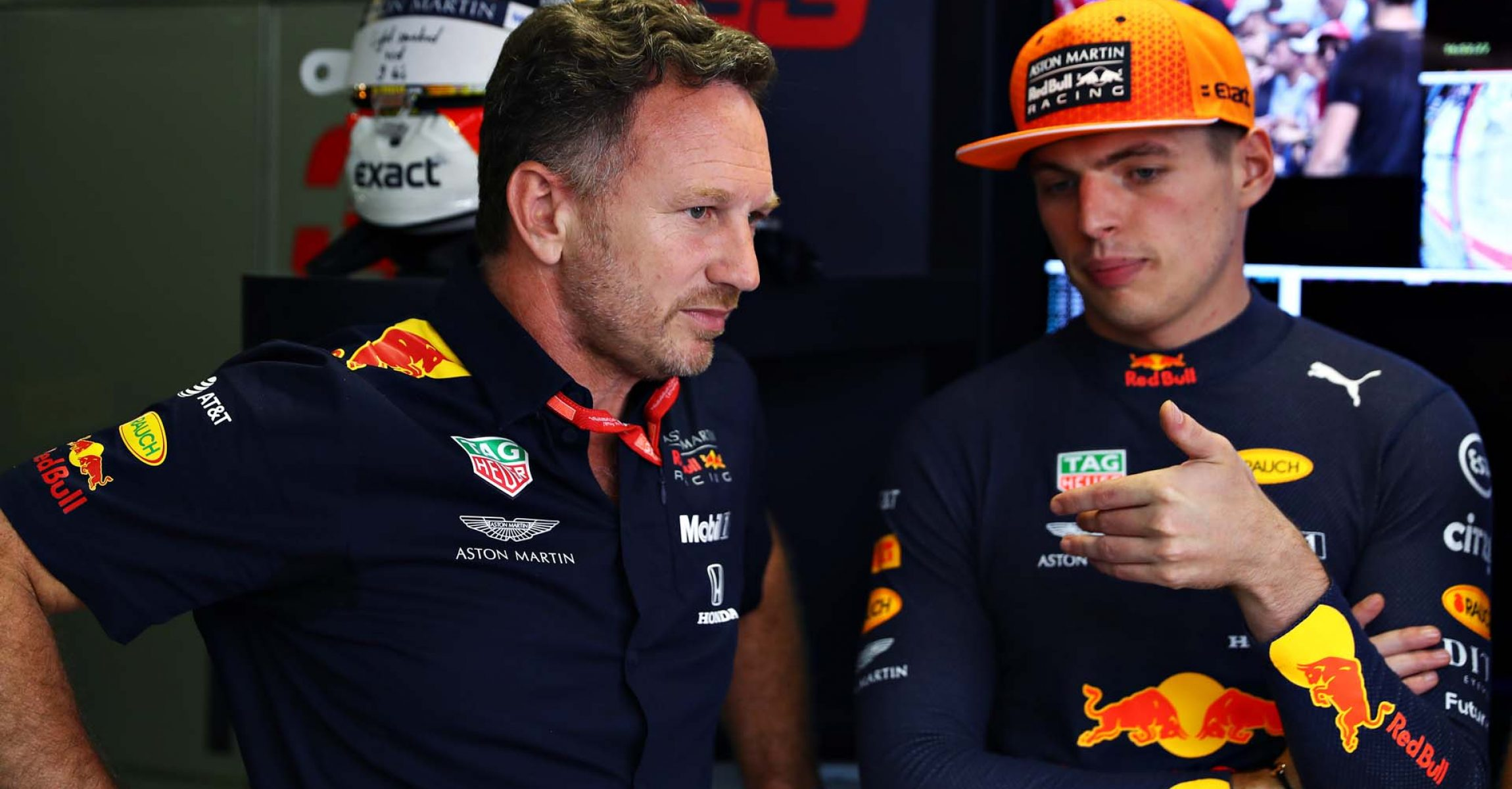 MONZA, ITALY - SEPTEMBER 07: Red Bull Racing Team Principal Christian Horner talks with Max Verstappen of Netherlands and Red Bull Racing in the garage during qualifying for the F1 Grand Prix of Italy at Autodromo di Monza on September 07, 2019 in Monza, Italy. (Photo by Mark Thompson/Getty Images) // Getty Images / Red Bull Content Pool // AP-21GFMBVDD1W11 // Usage for editorial use only //
