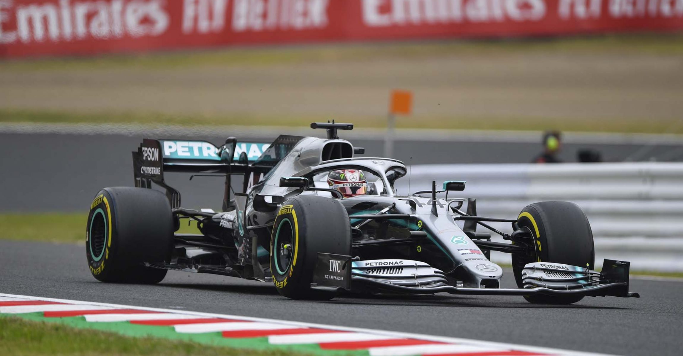 2019 Japanese Grand Prix, Friday - LAT Images Lewis Hamilton Mercedes