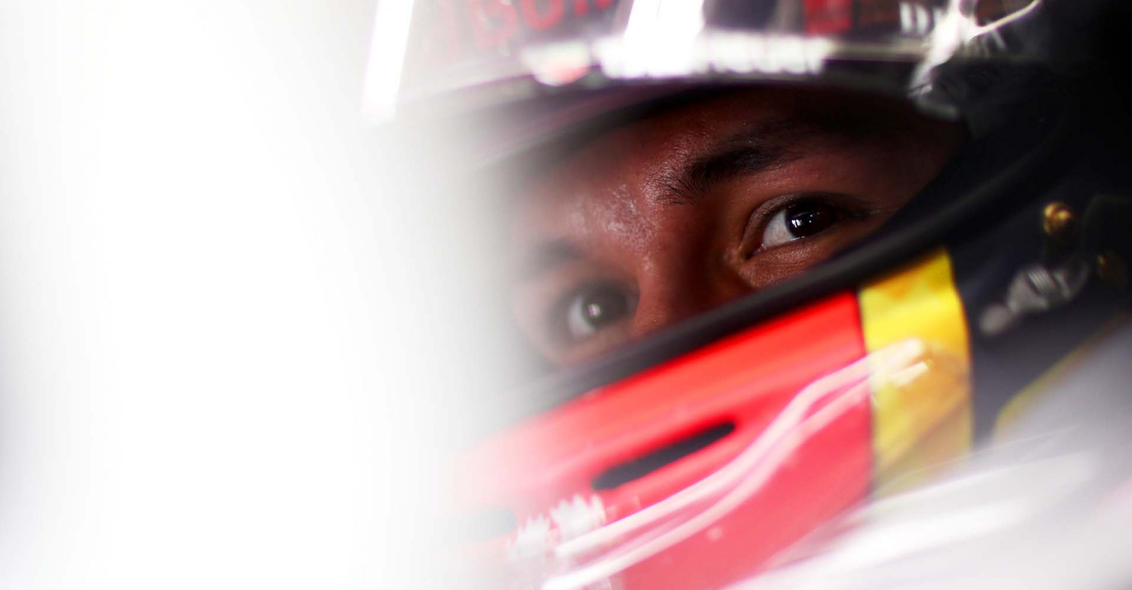 SUZUKA, JAPAN - OCTOBER 11: Alexander Albon of Thailand and Red Bull Racing prepares to drive in the garage during practice for the F1 Grand Prix of Japan at Suzuka Circuit on October 11, 2019 in Suzuka, Japan. (Photo by Dan Istitene/Getty Images) // Getty Images / Red Bull Content Pool // AP-21U9N8D211W11 // Usage for editorial use only //