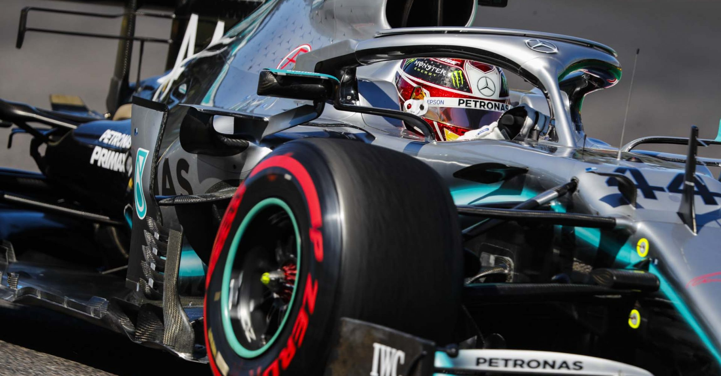 2019 Japanese Grand Prix, Sunday - LAT Images Lewis Hamilton Mercedes