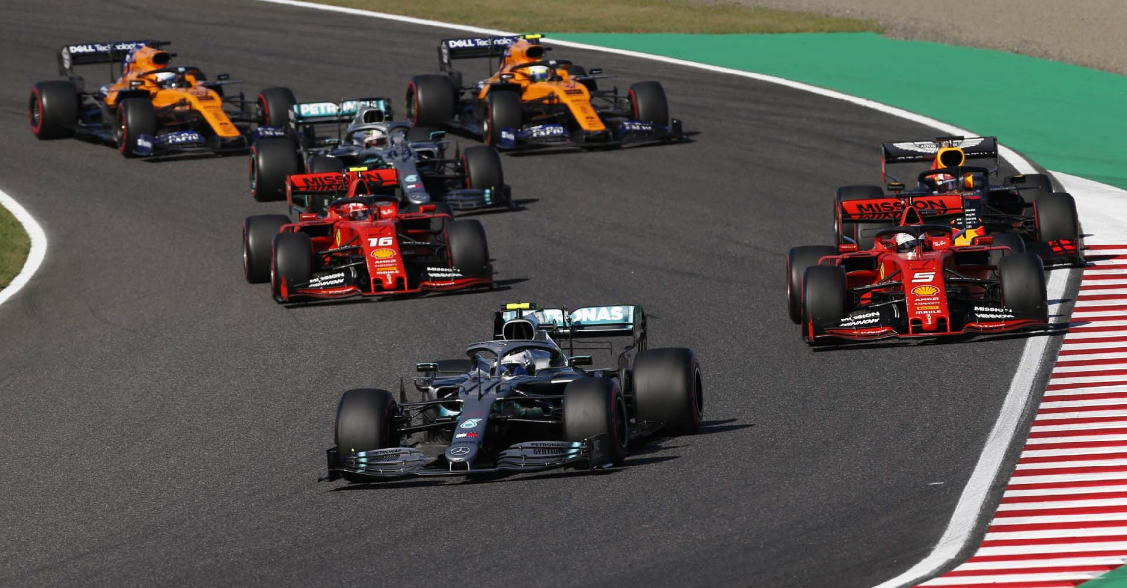 2019 Japanese Grand Prix, Sunday - Wolfgang Wilhelm Valtteri Bottas Mercedes start