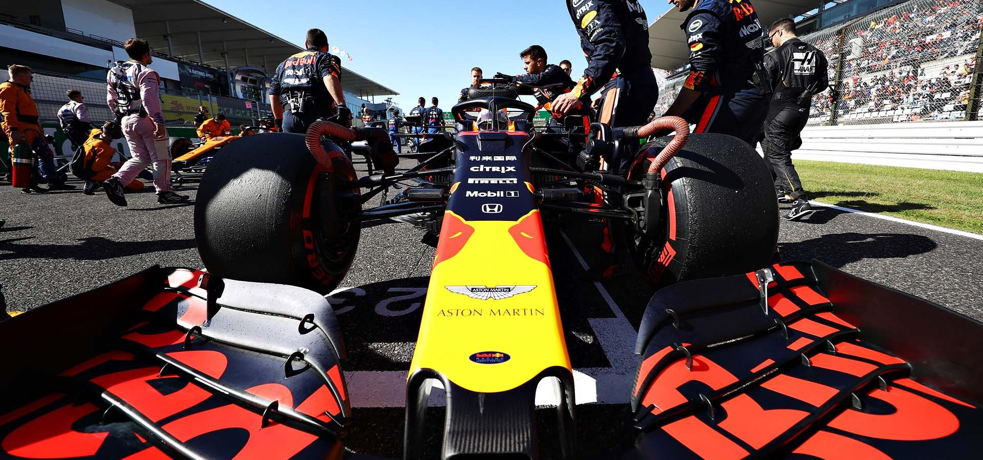 SUZUKA, JAPAN - OCTOBER 13: Max Verstappen of Netherlands and Red Bull Racing prepares to drive on the grid before the F1 Grand Prix of Japan at Suzuka Circuit on October 13, 2019 in Suzuka, Japan. (Photo by Mark Thompson/Getty Images) // Getty Images / Red Bull Content Pool  // AP-21UY213GW2111 // Usage for editorial use only //