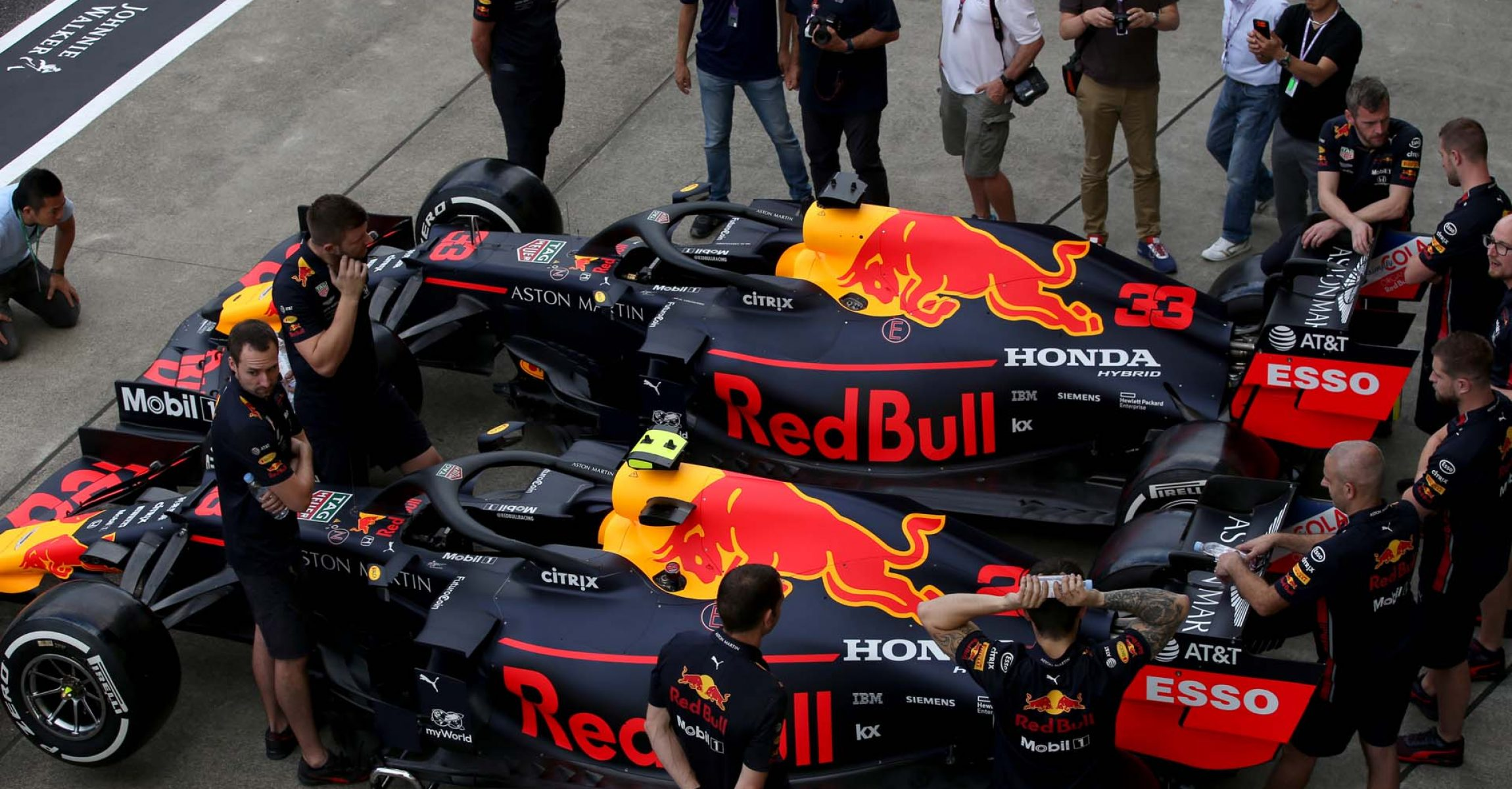 SUZUKA, JAPAN - OCTOBER 10: The cars of Max Verstappen of Netherlands and Red Bull Racing and Alexander Albon of Thailand and Red Bull Racing are seen parked next to each other in the Pitlane during previews ahead of the F1 Grand Prix of Japan at Suzuka Circuit on October 10, 2019 in Suzuka, Japan. (Photo by Charles Coates/Getty Images) // Getty Images / Red Bull Content Pool  // AP-21U1PPJPD2111 // Usage for editorial use only //