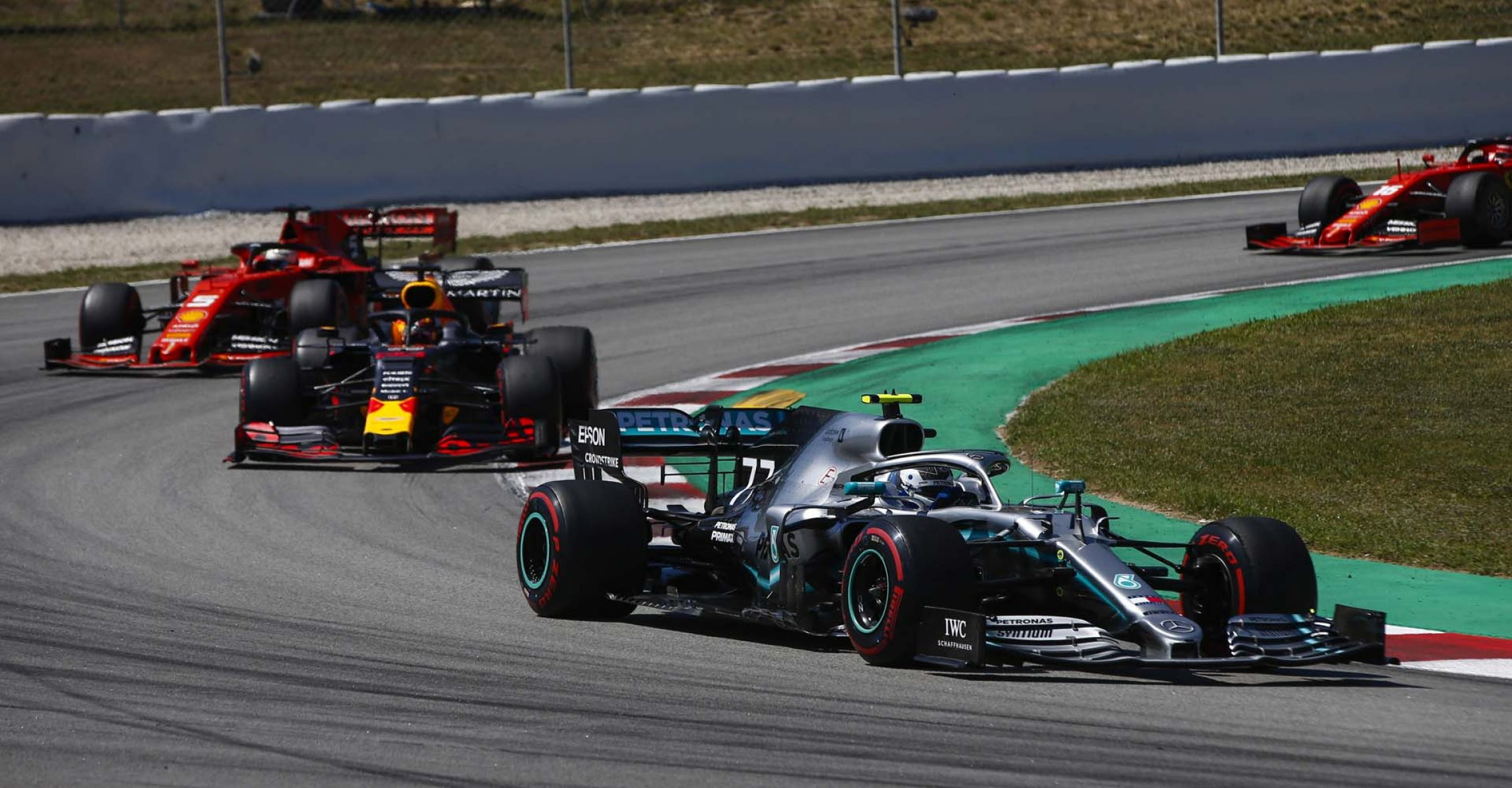 2019 Spanish Grand Prix, Sunday - LAT Images Valtteri Bottas, Mercedes, Red Bull, Ferrari