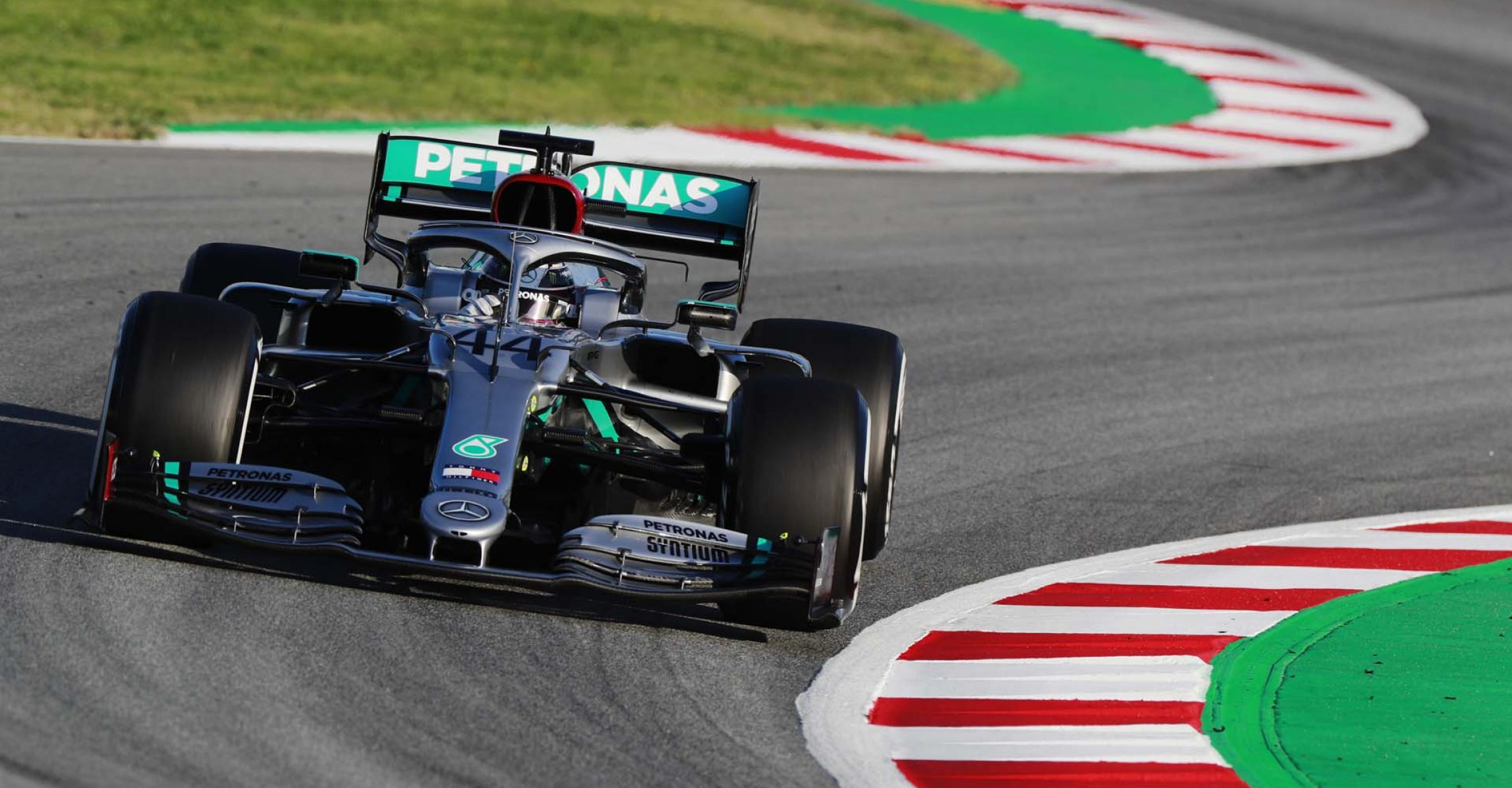 2020 Barcelona Pre-Season Test 1, Day 1 - LAT Images Lewis Hamilton Mercedes