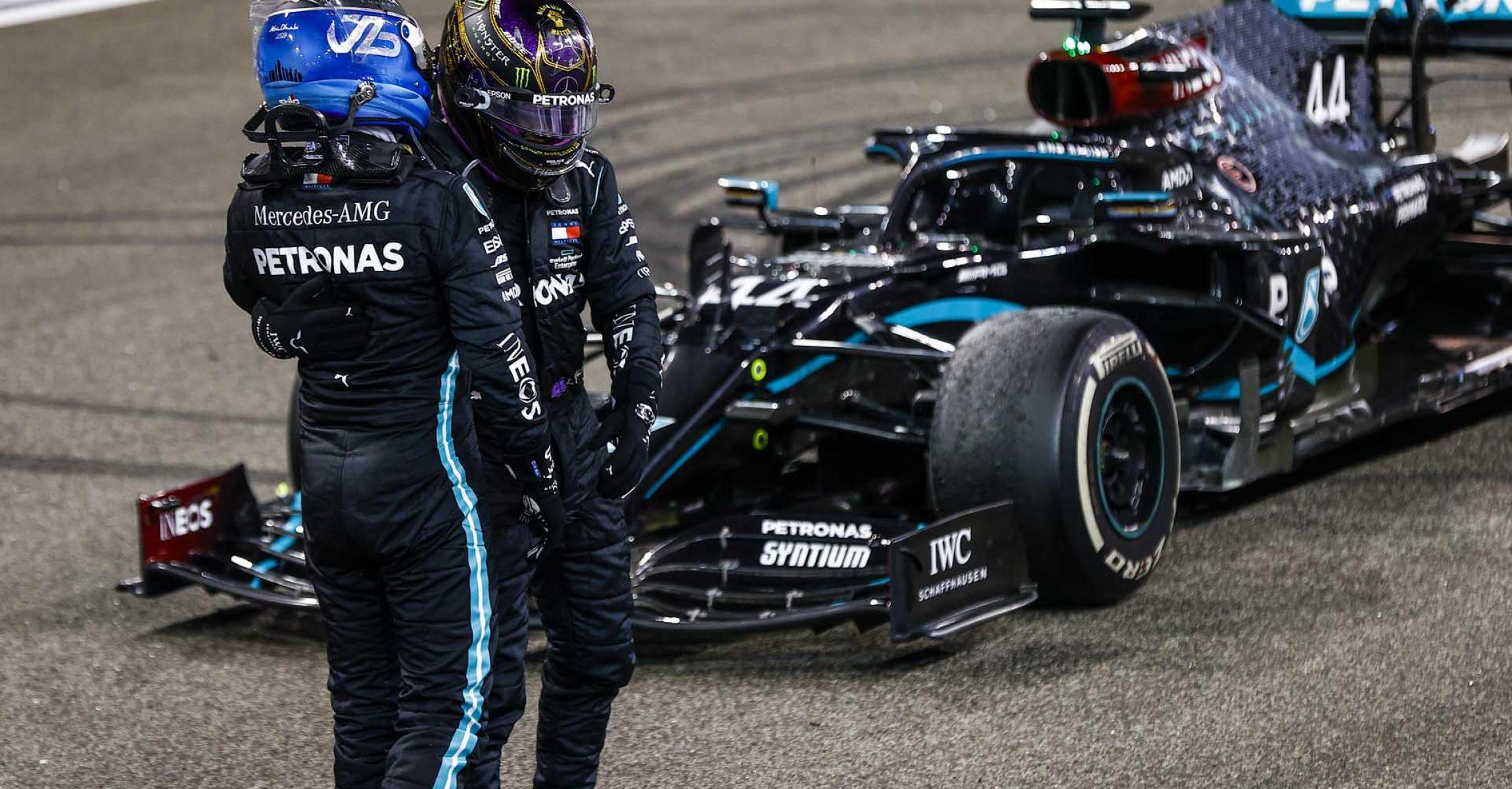 2020 Abu Dhabi Grand Prix, Sunday - LAT Images Valtteri Bottas Lewis Hamilton Mercedes