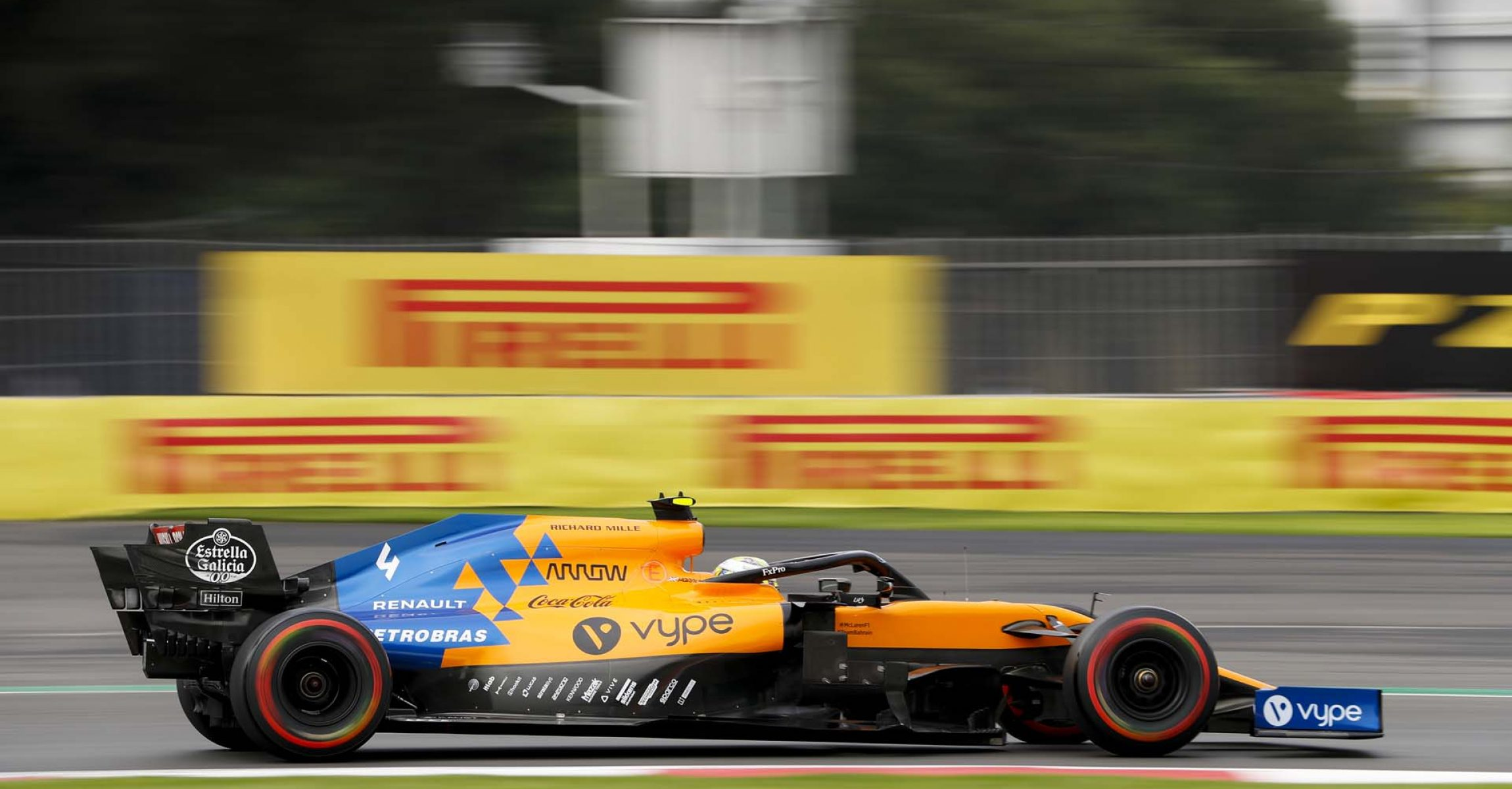 MEXICO CITY - OCTOBER 25: Lando Norris, McLaren MCL34 during the 2019 Formula One Mexican Grand Prix at Autodromo Hermanos Rodriguez, on October 25, 2019 in Mexico City, Mexico. (Photo by Zak Mauger / LAT Images)