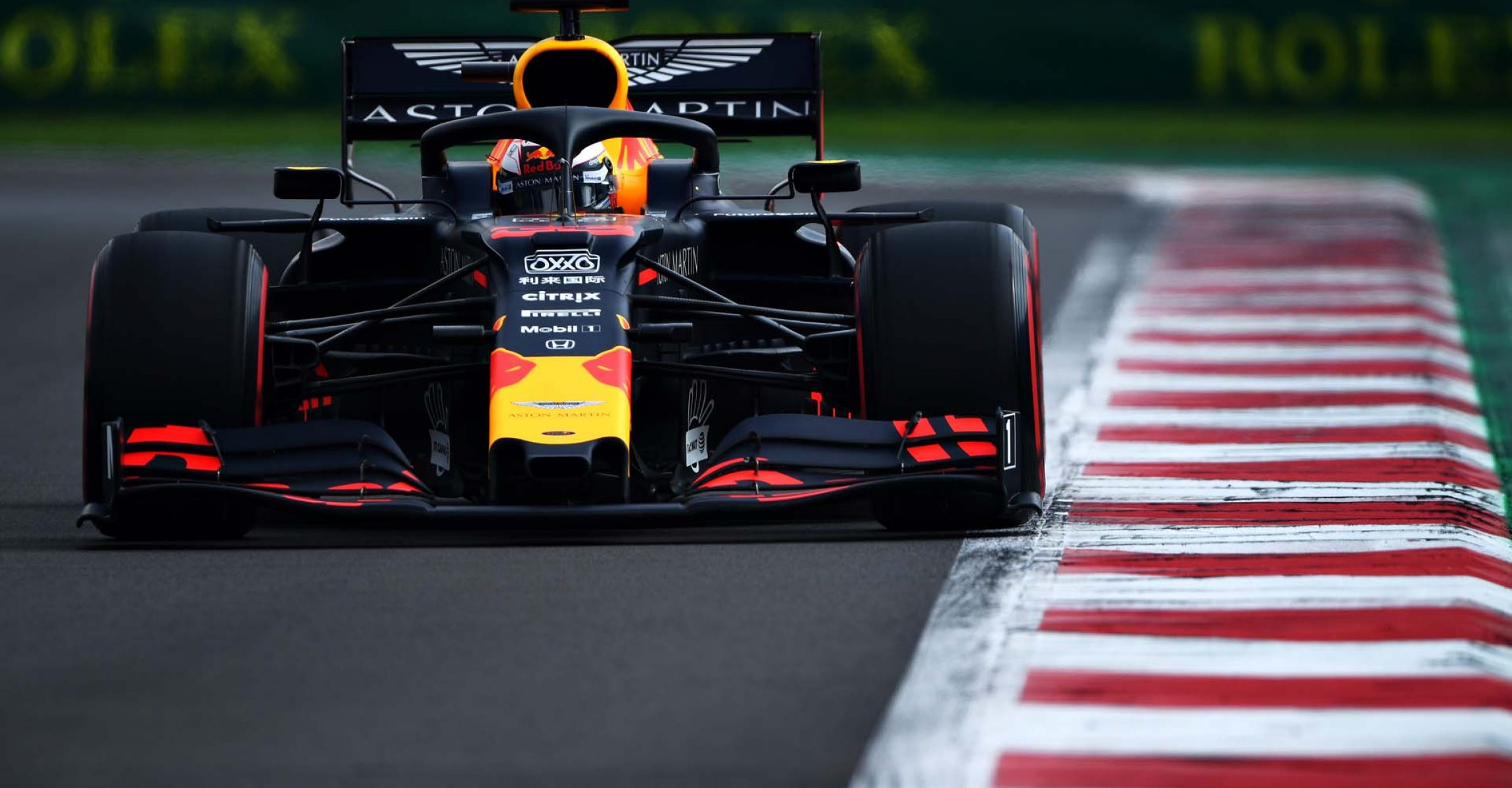 MEXICO CITY, MEXICO - OCTOBER 26: Max Verstappen of the Netherlands driving the (33) Aston Martin Red Bull Racing RB15 on track during final practice for the F1 Grand Prix of Mexico at Autodromo Hermanos Rodriguez on October 26, 2019 in Mexico City, Mexico. (Photo by Clive Mason/Getty Images) // Getty Images / Red Bull Content Pool  // AP-21ZACMSPS2111 // Usage for editorial use only //