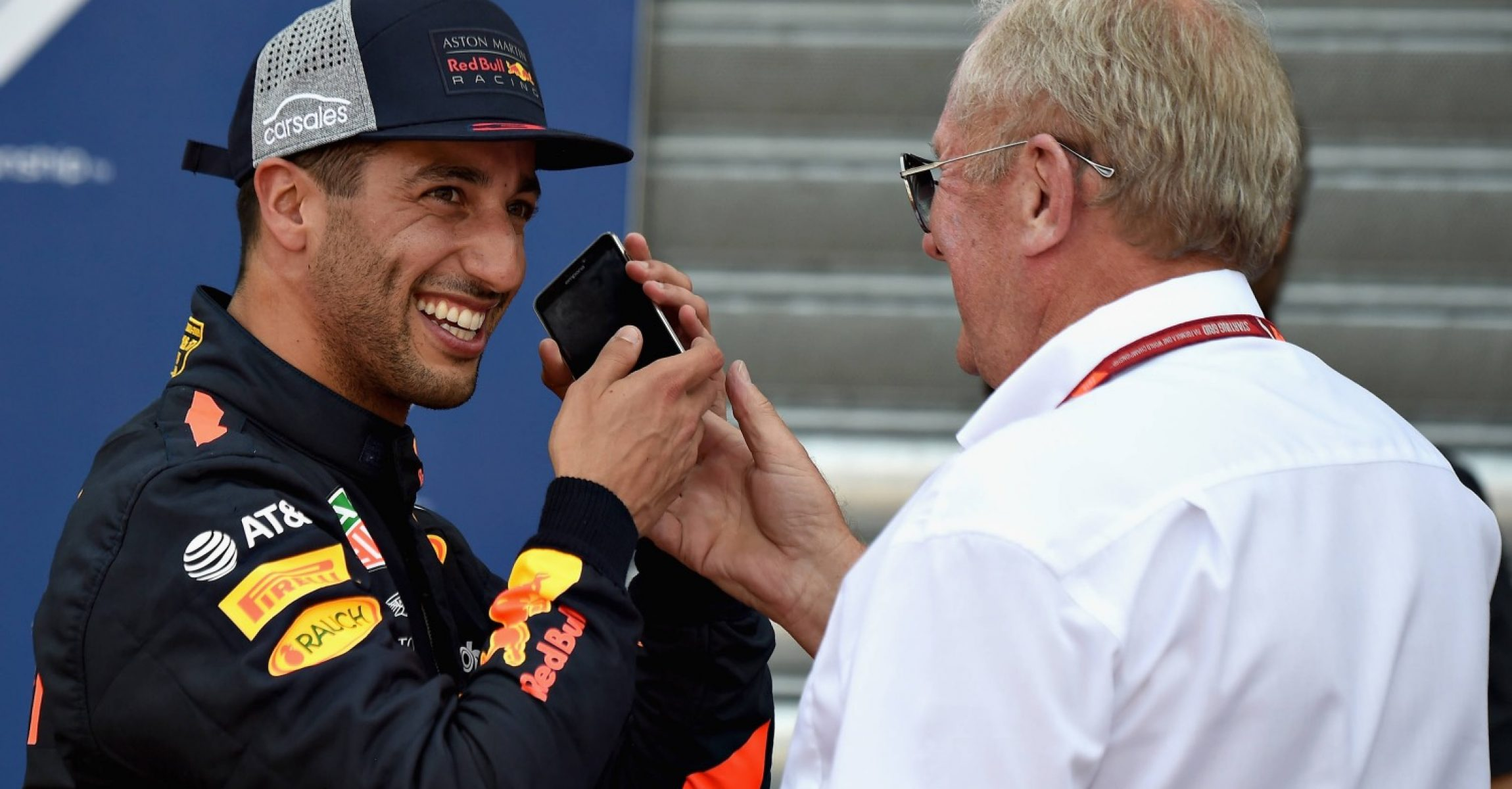 MONTE-CARLO, MONACO - MAY 26:  Pole position qualifier Daniel Ricciardo of Australia and Red Bull Racing talks on the phone with Red Bull Racing Team Consultant Dr Helmut Marko in parc ferme during qualifying for the Monaco Formula One Grand Prix at Circuit de Monaco on May 26, 2018 in Monte-Carlo, Monaco.  (Photo by Getty Images/Getty Images) // Getty Images / Red Bull Content Pool  // AP-1VSHRQHMW1W11 // Usage for editorial use only // Please go to www.redbullcontentpool.com for further information. //
