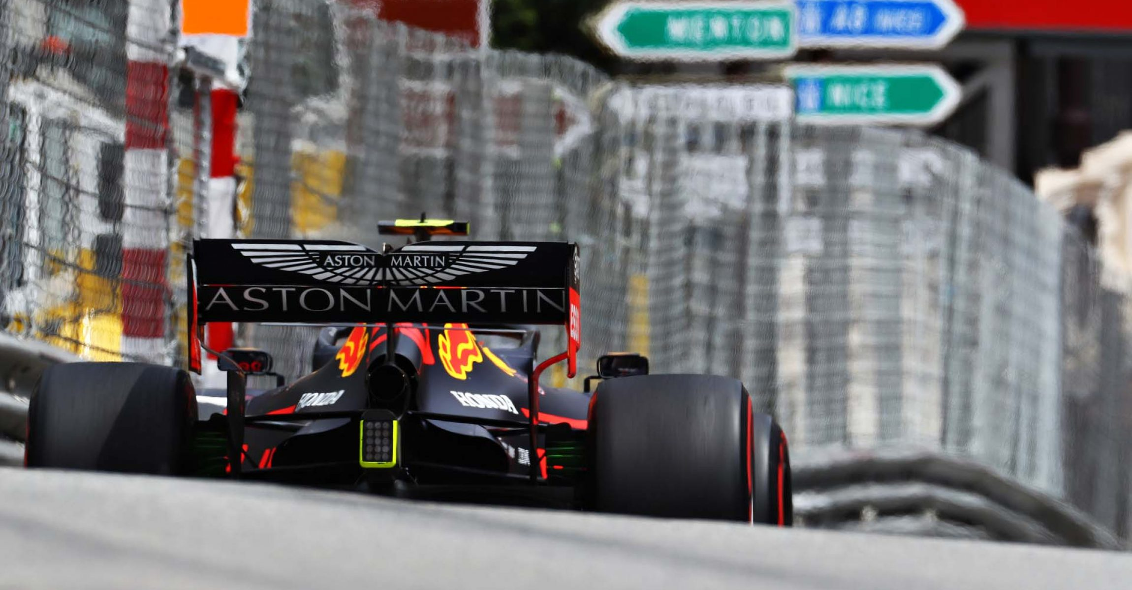 MONTE-CARLO, MONACO - MAY 25: Pierre Gasly of France driving the (10) Aston Martin Red Bull Racing RB15 on track during final practice for the F1 Grand Prix of Monaco at Circuit de Monaco on May 25, 2019 in Monte-Carlo, Monaco. (Photo by Mark Thompson/Getty Images) // Getty Images / Red Bull Content Pool // AP-1ZENTW4MH2111 // Usage for editorial use only // Please go to www.redbullcontentpool.com for further information. //