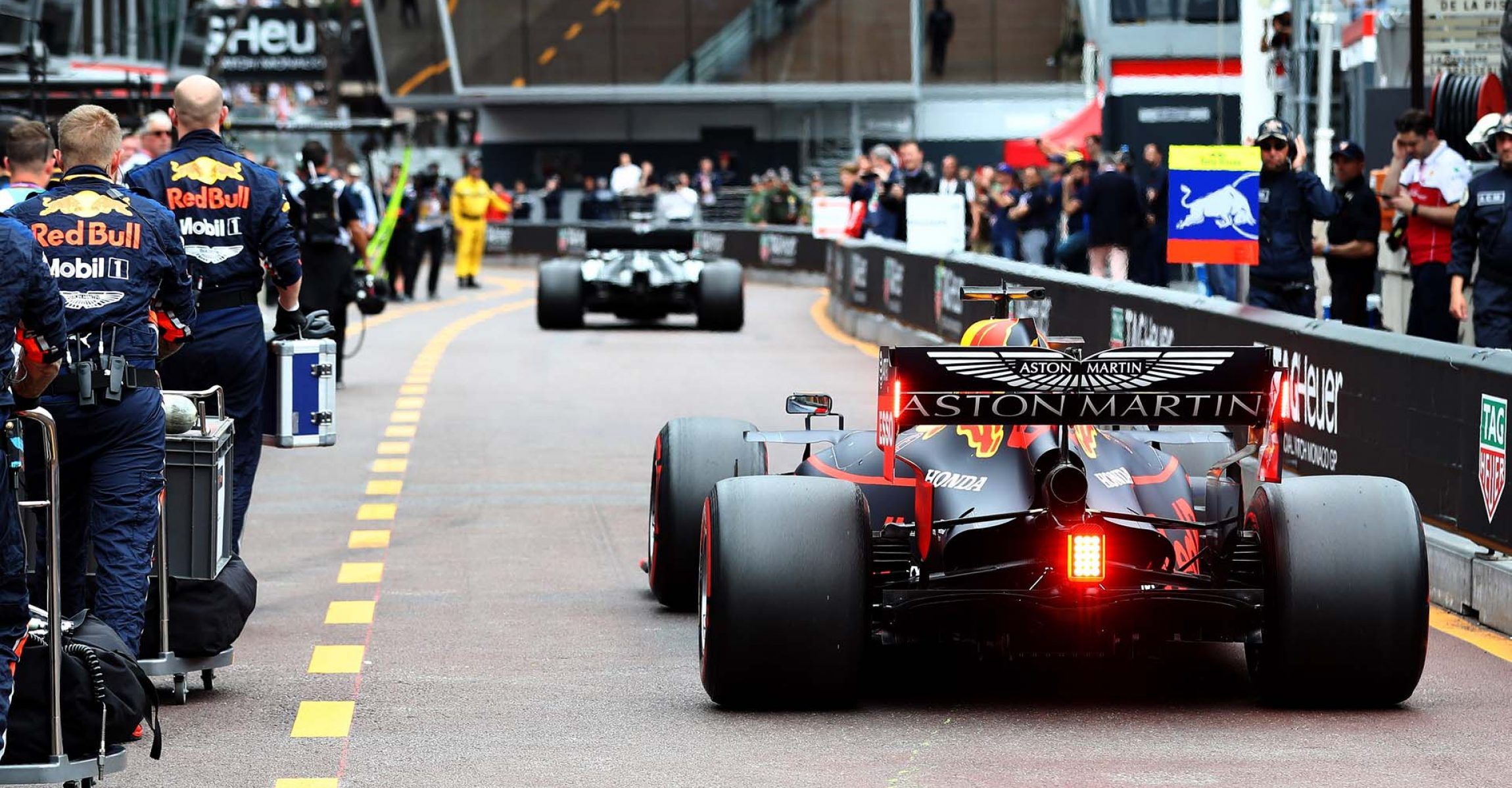 MONTE-CARLO, MONACO - MAY 26: Max Verstappen of the Netherlands driving the (33) Aston Martin Red Bull Racing RB15 in the Pitlane before the F1 Grand Prix of Monaco at Circuit de Monaco on May 26, 2019 in Monte-Carlo, Monaco. (Photo by Mark Thompson/Getty Images) // Getty Images / Red Bull Content Pool // AP-1ZF2MKFED1W11 // Usage for editorial use only // Please go to www.redbullcontentpool.com for further information. //