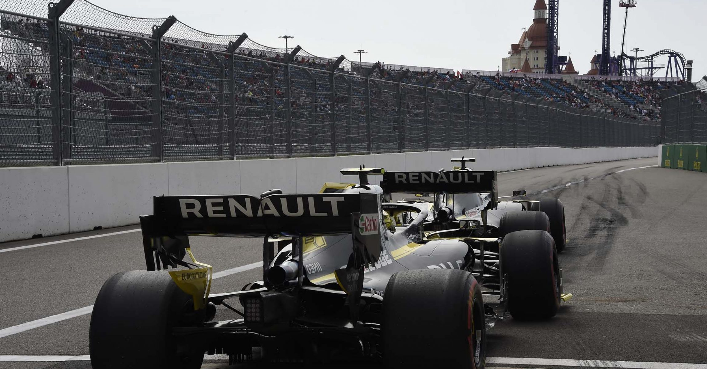 Daniel Ricciardo (AUS) Renault F1 Team RS19 and Nico Hulkenberg (GER) Renault F1 Team RS19 at the pit lane exit. Russian Grand Prix, Friday 27th September 2019. Sochi Autodrom, Sochi, Russia.