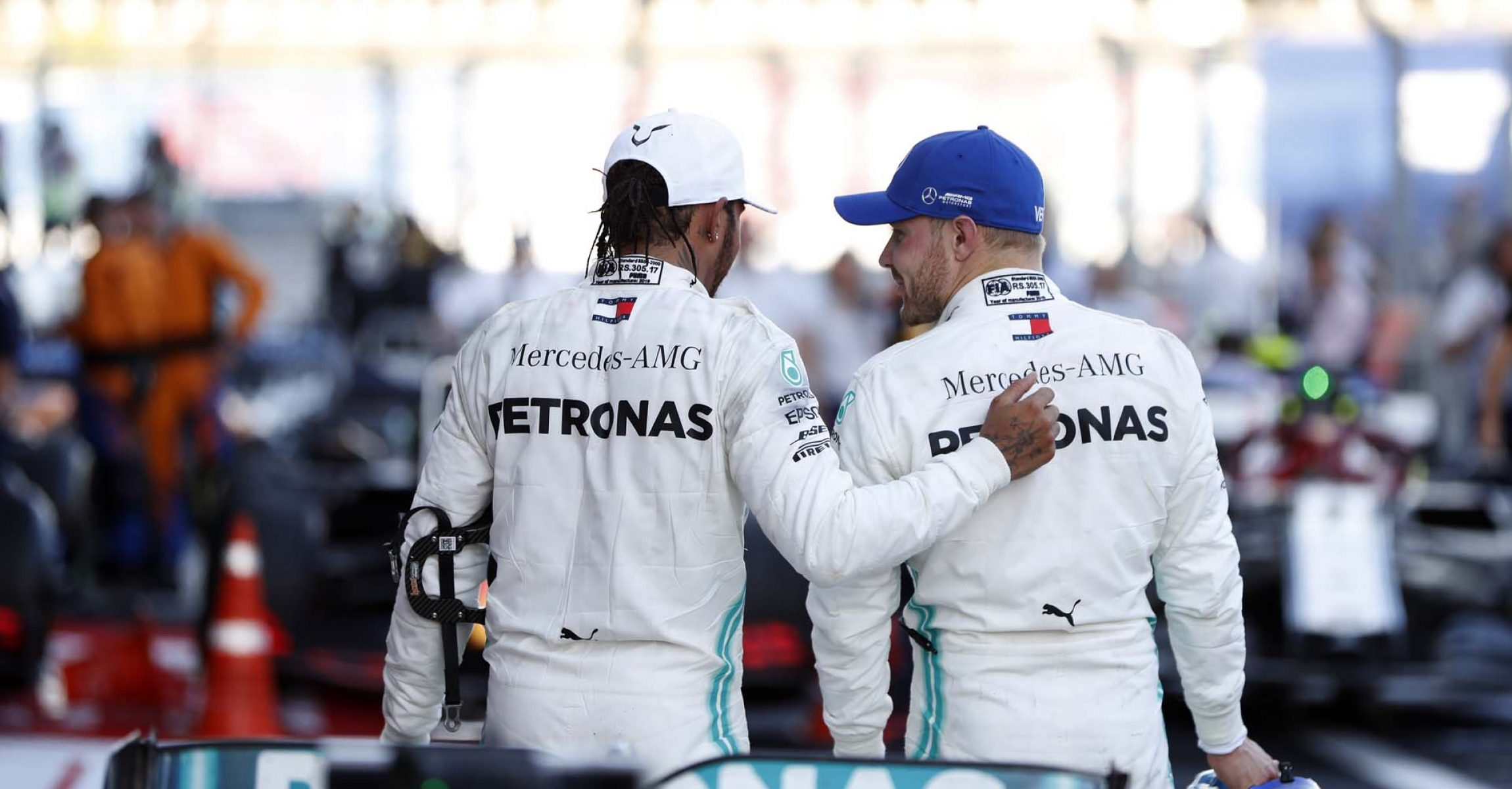 2019 Russian Grand Prix, Sunday - LAT Images Lewis Hamilton Valtteri Bottas Mercedes