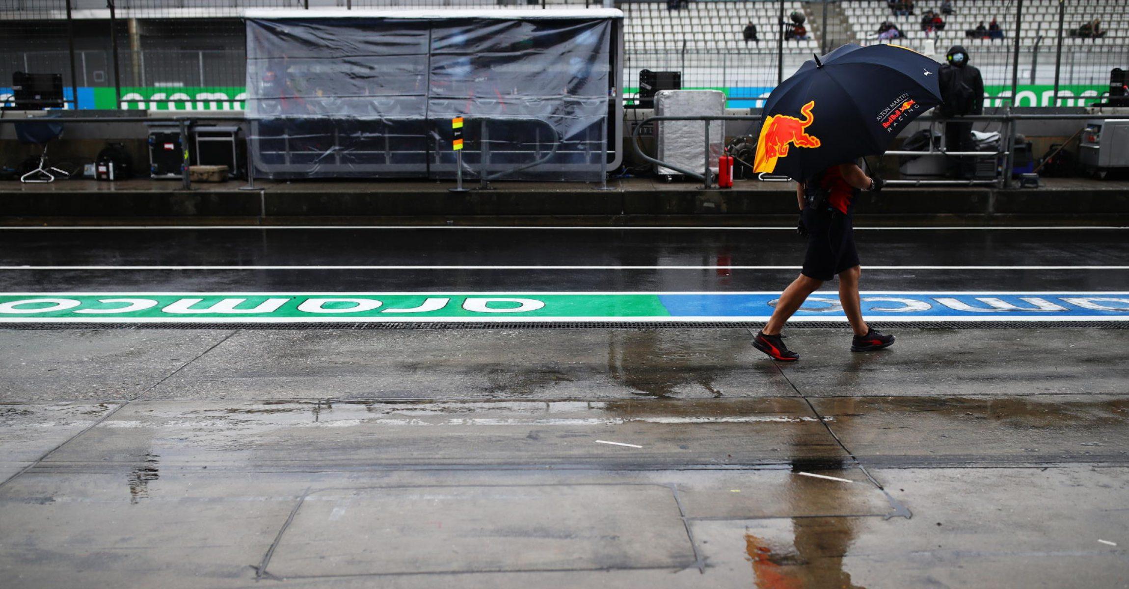 Nürburgring, pitlane, wet, racing, Red Bull umbrella